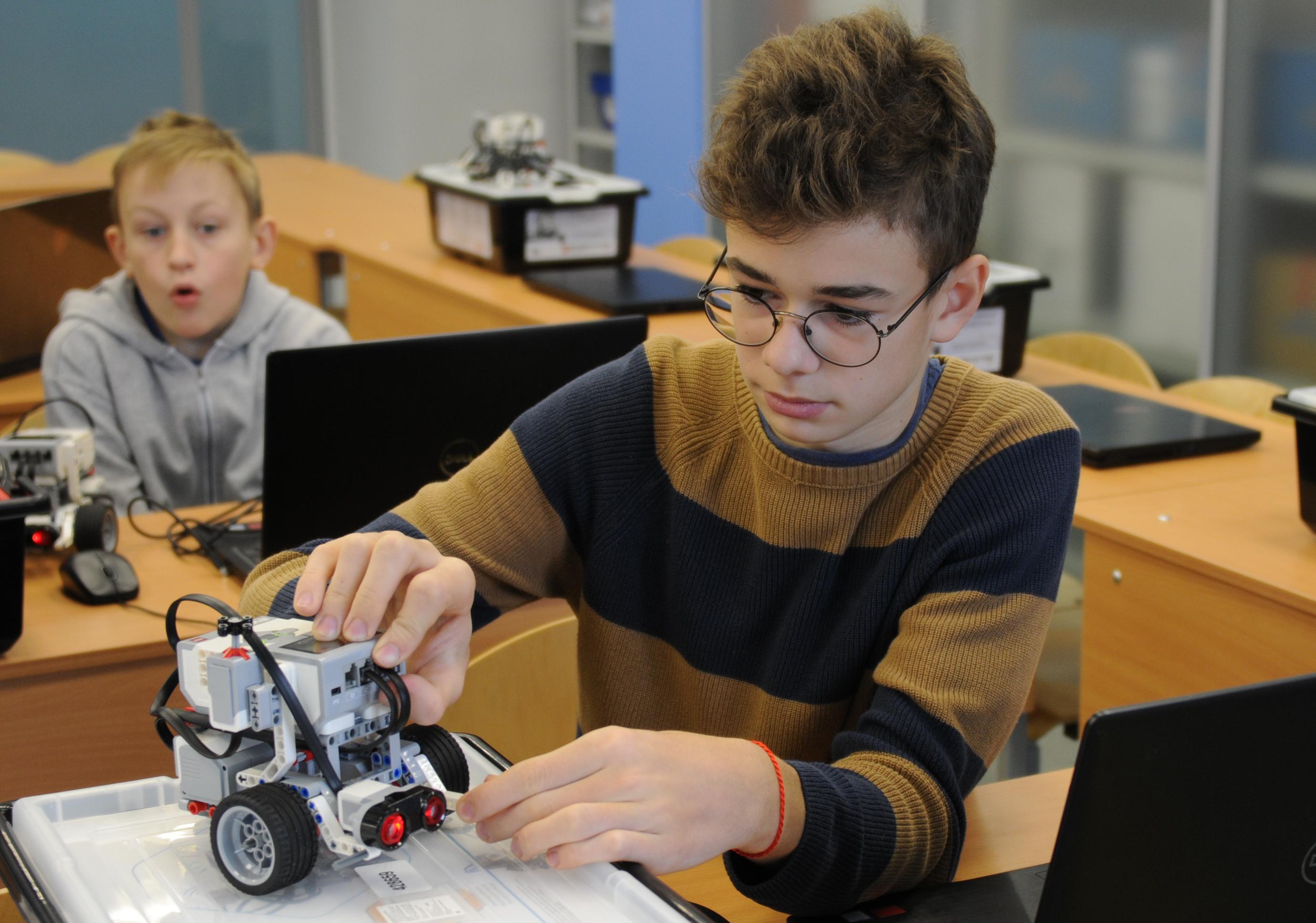 Школьники из Киевского вышли в полуфинал конкурса «Большая перемена»