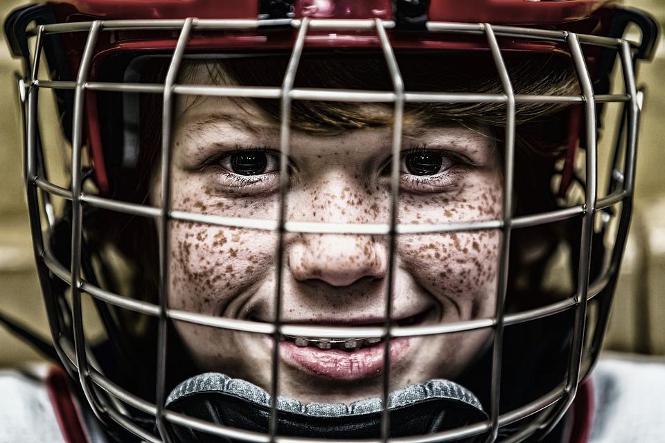 Все на лед: хоккеисты из Кленовского возобновят тренировки в Ледовом дворце «Витязь»