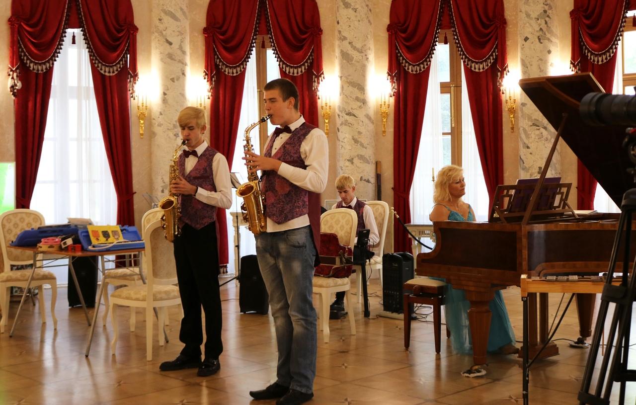 Фестиваль «Солнечная музыка» прогремел в музее-усадьбе «Остафьево» — «Русский Парнас»
