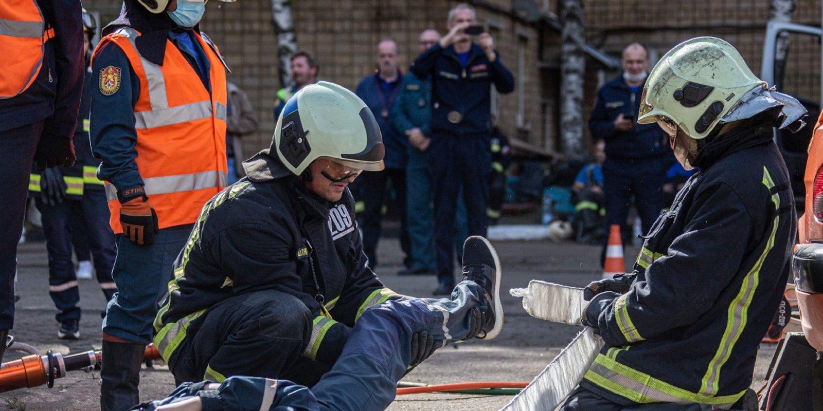 Специалисты 209 пожарно-спасательного отряда 10 лет стоят на страже безопасности Москвы и москвичей