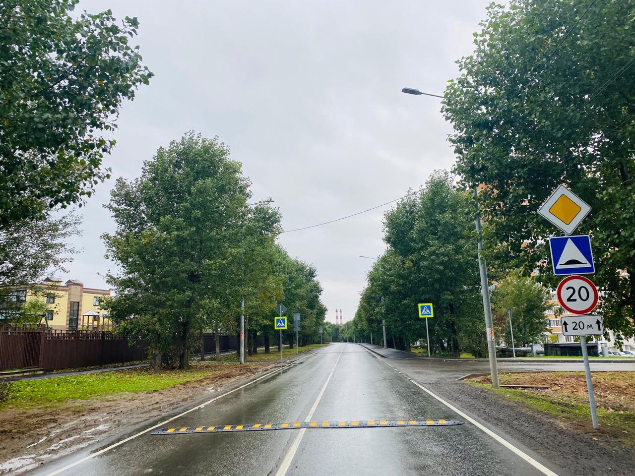 Безопасность на дорогах: опознавательные знаки поставили на проезжей части в Филимонковском