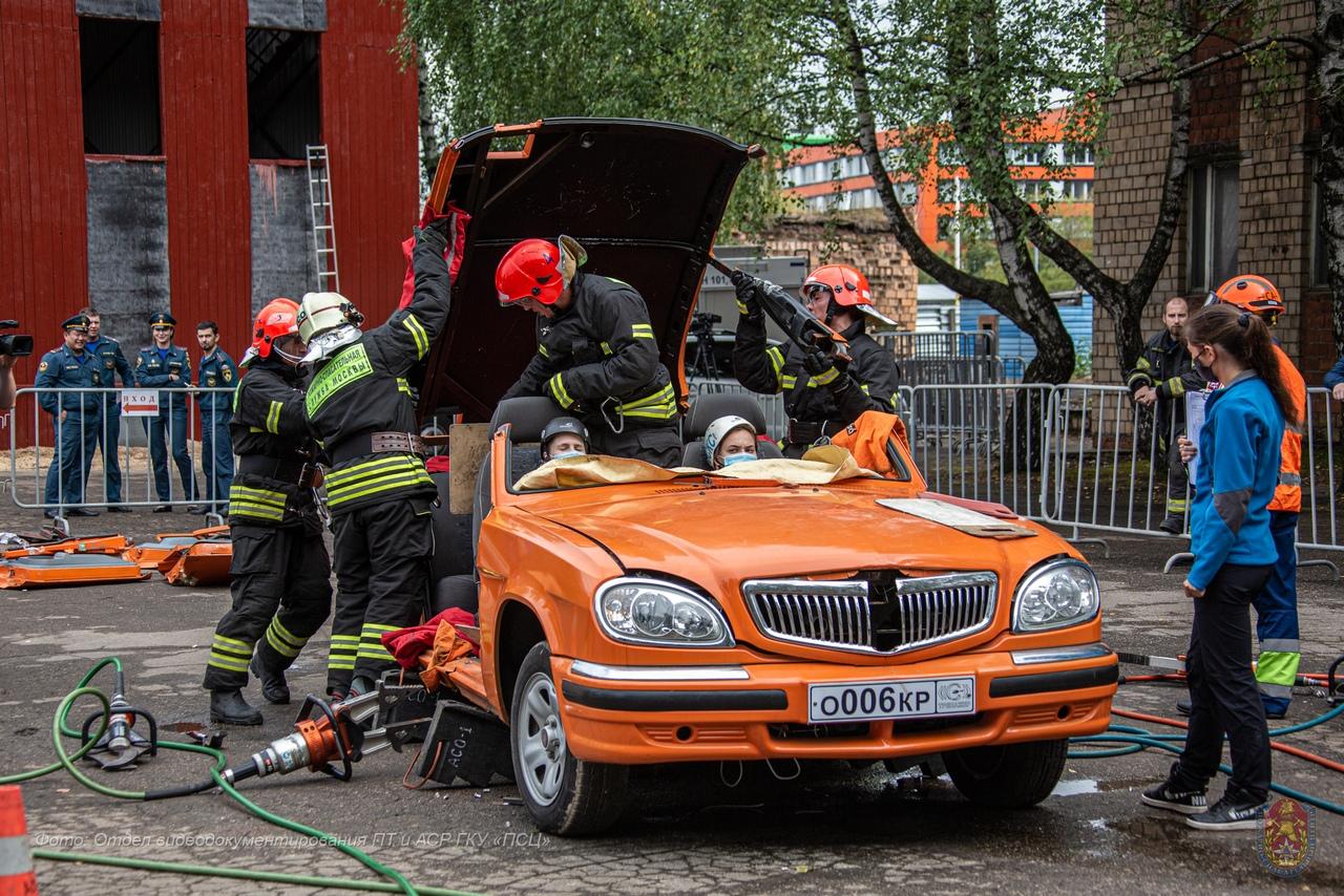 В столице определили лучшую команду-спасателей