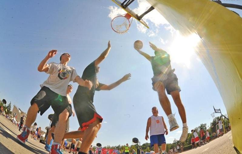 Молодежная команда Вороновского выступит на окружных соревнованиях по стритболу
