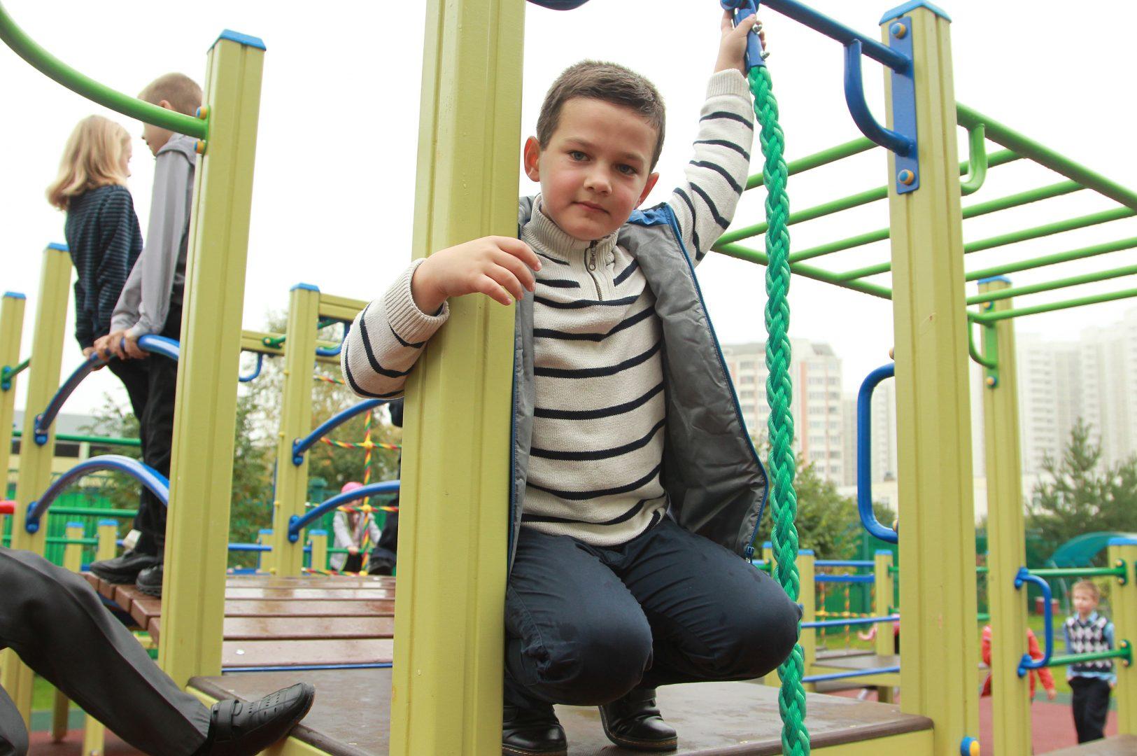 Площадка рассчитана на детей и подростков в возрасте младше 18 лет. Фото: Наталия Нечаев, «Вечерняя Москва»
