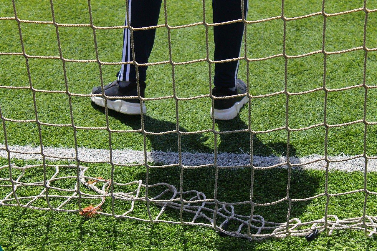 Спортсмены из Сосенского взяли золото в мини-футболе