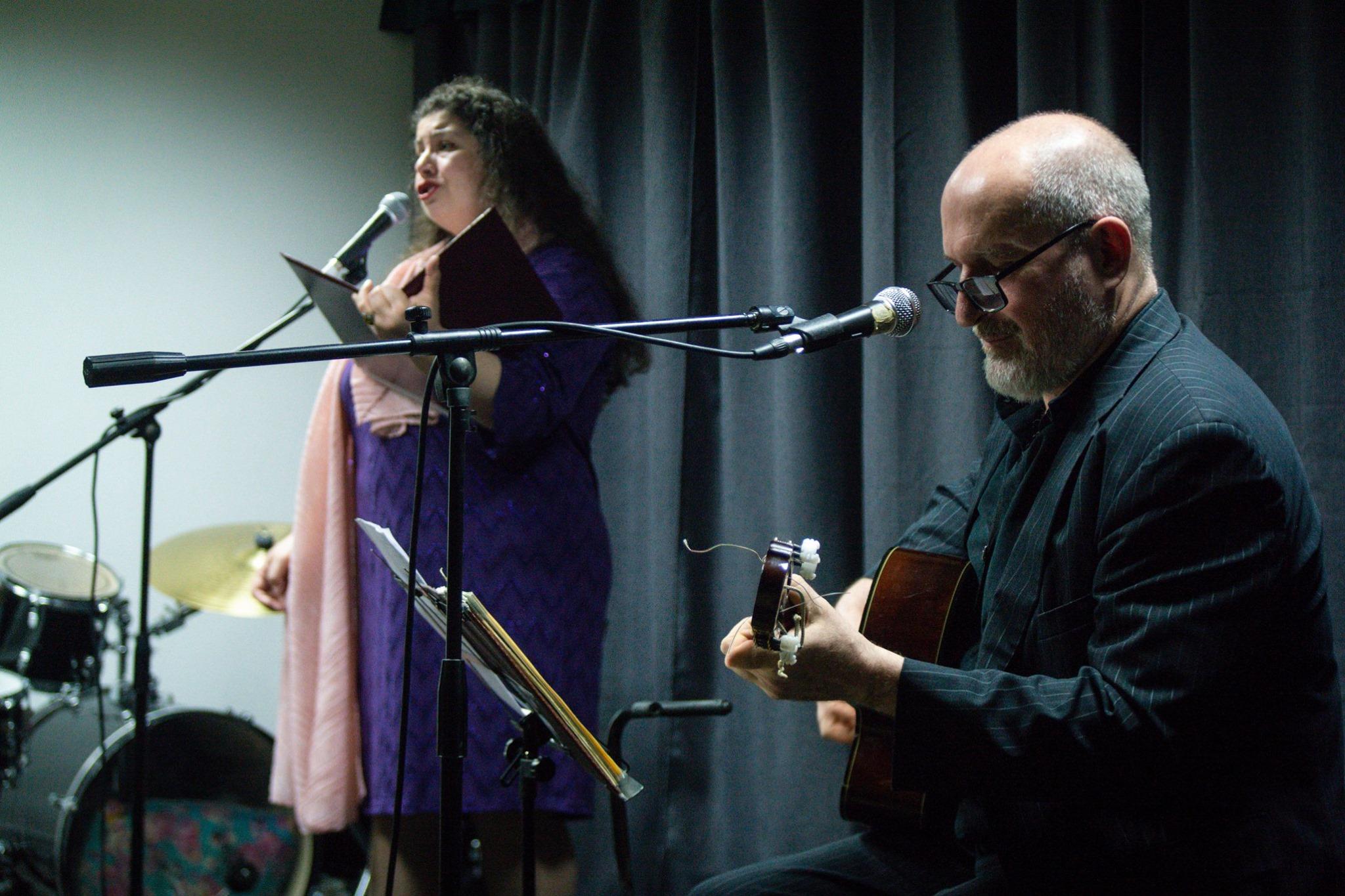 Вокальный дуэт представил концертную программу «Города и годы» в Троицке