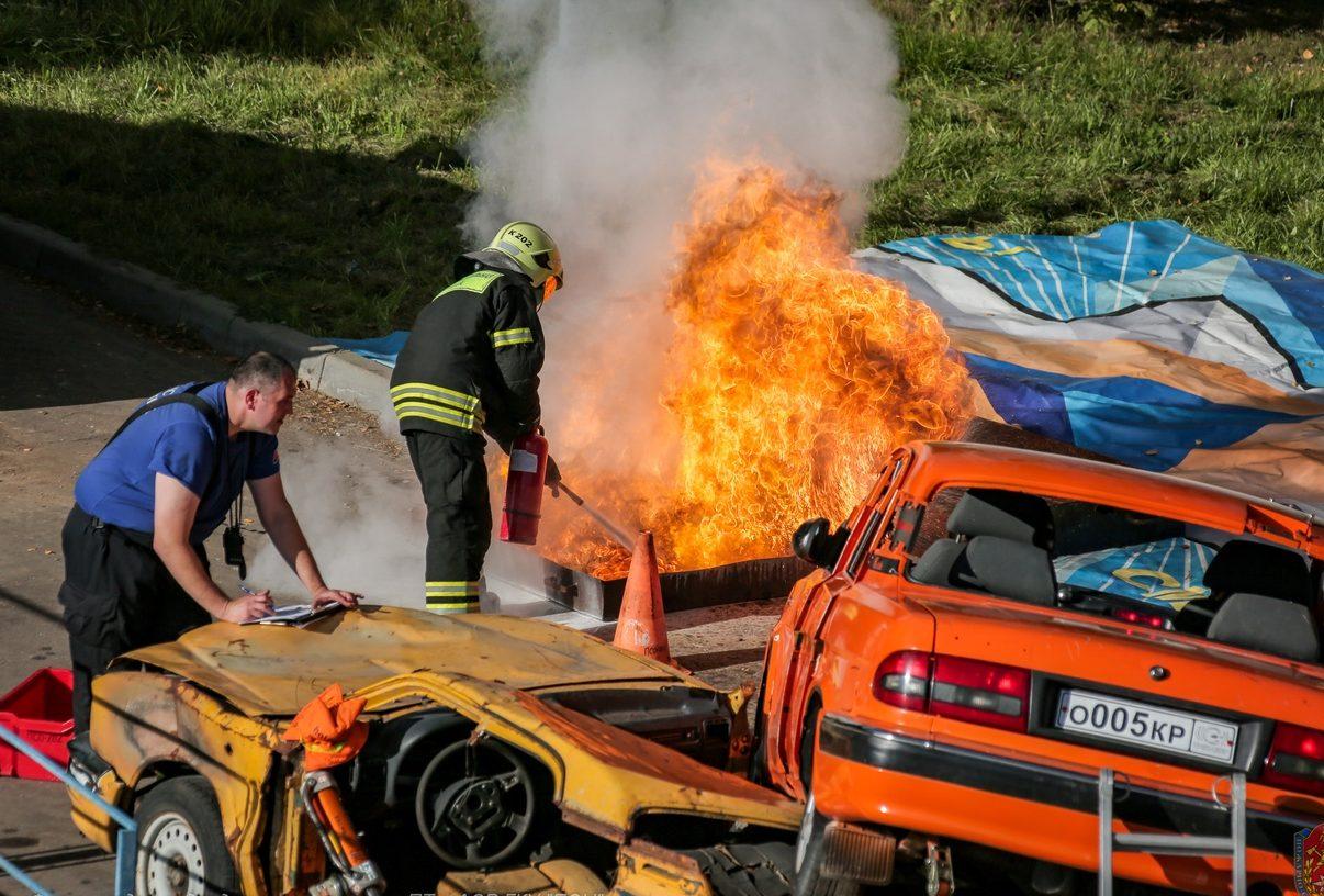 В столице дан старт соревнованиям по многоборью спасателей