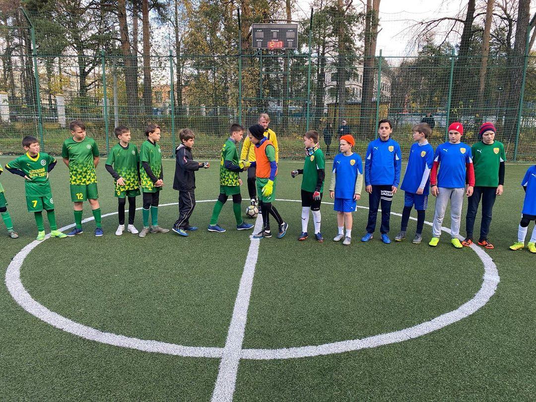 Юные чемпионы: футболисты из Сосенского стали лидерами Премьер-лиги Новой Москвы