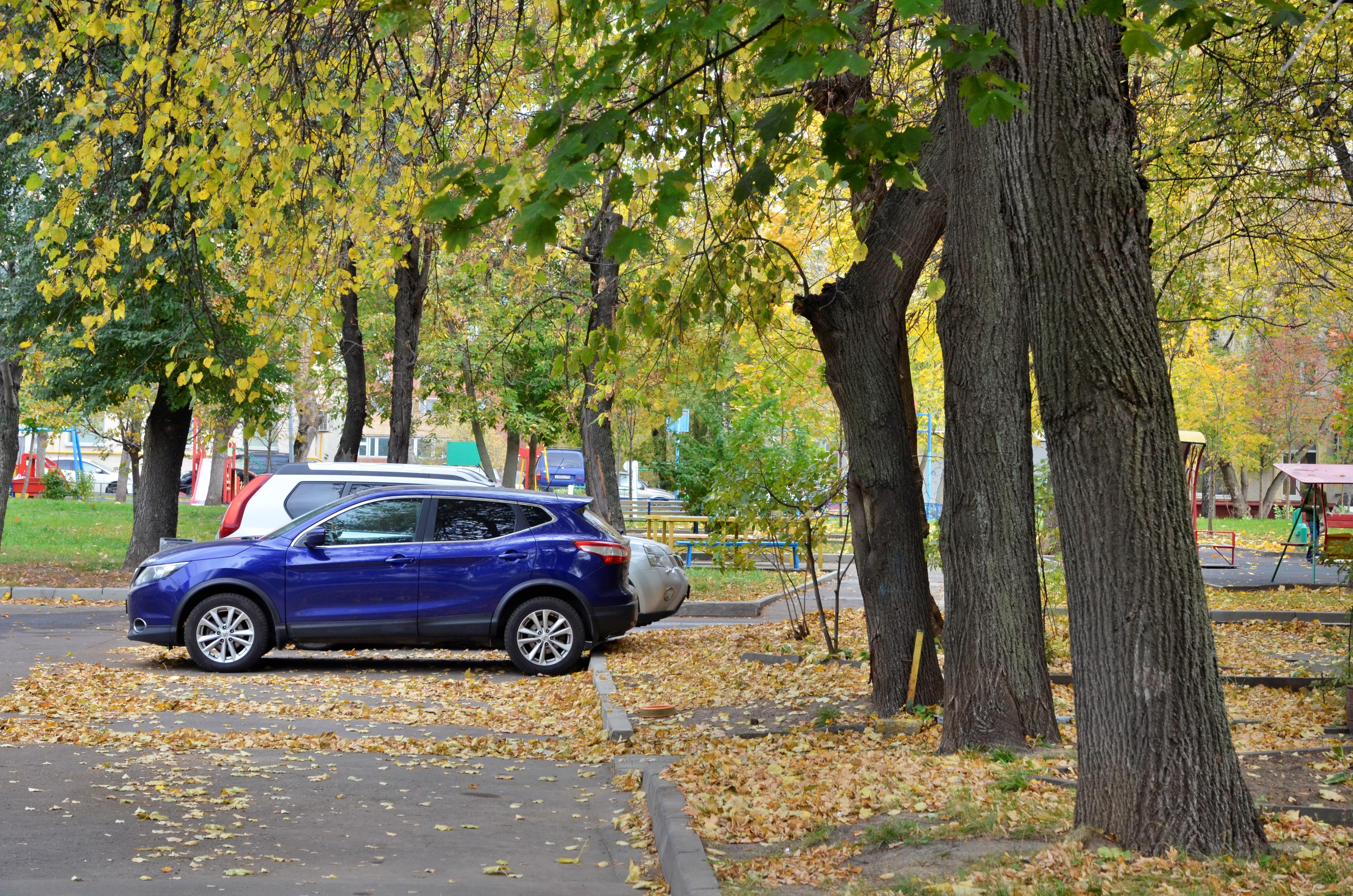 Паркинг около Храма Преображения Господня в поселении Роговское расширят до 45 мест