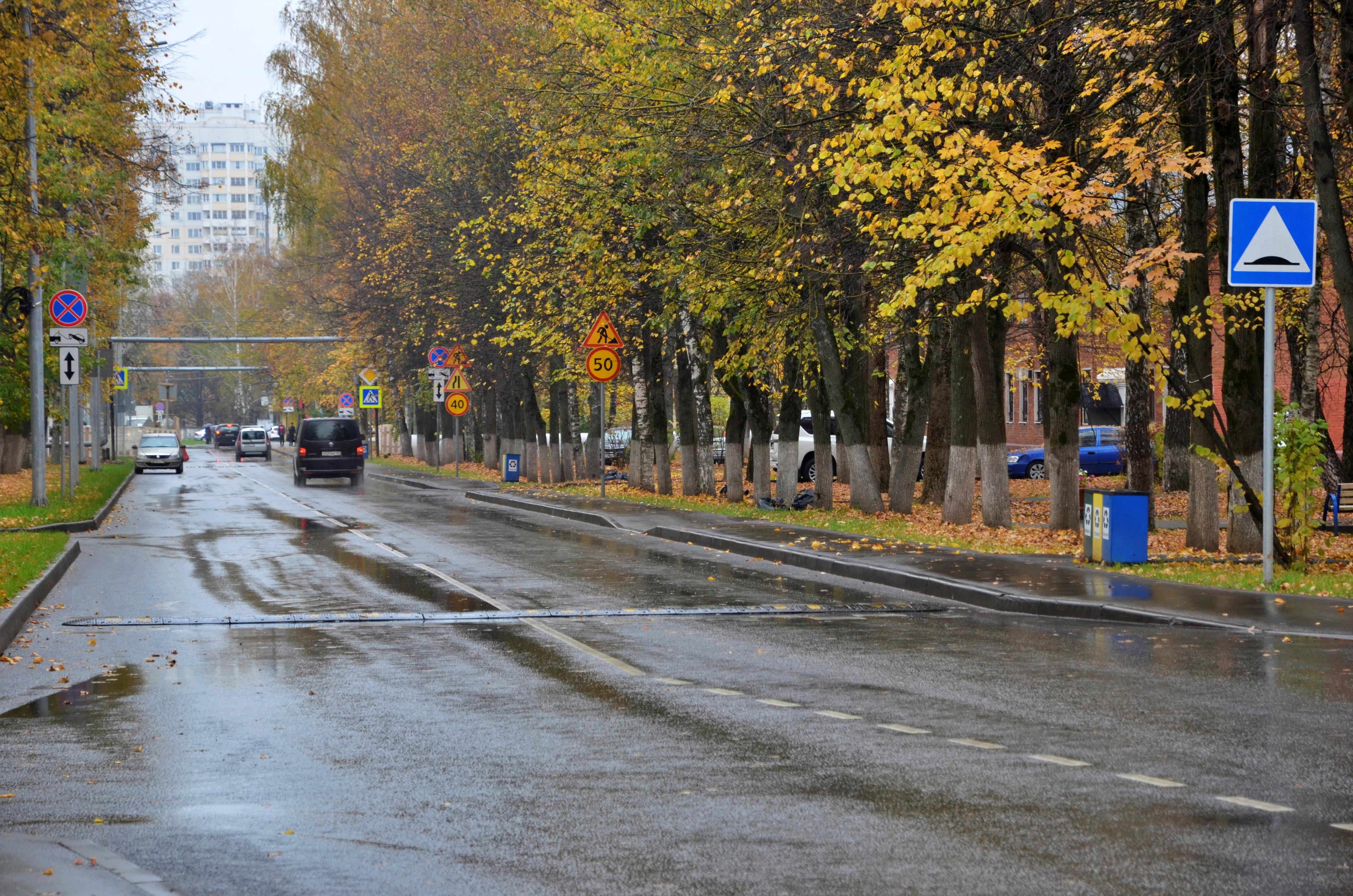 Специалисты отремонтировали 3514 квадратных метров дороги в поселении Вороновское
