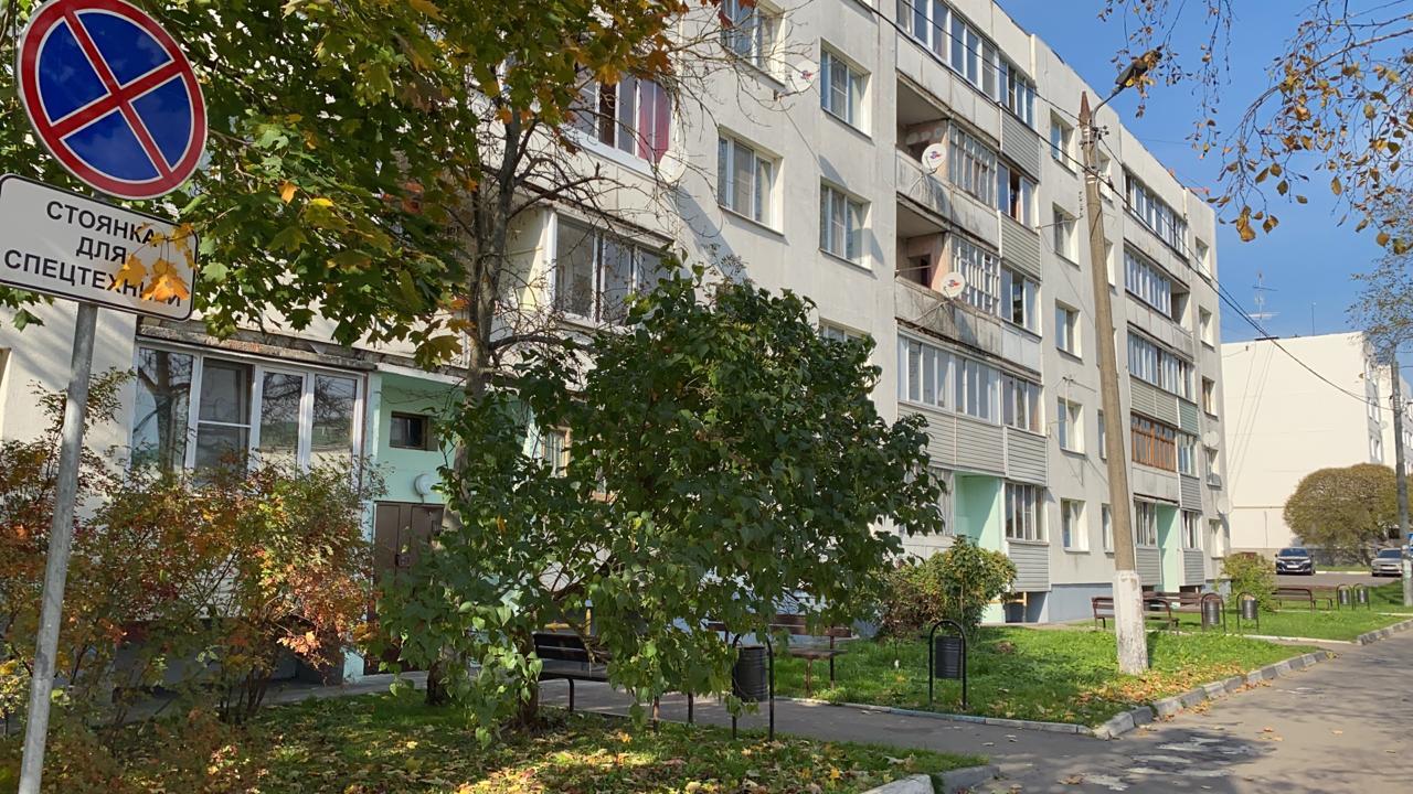 Новый этап капитального ремонта жилого дома стартовал в Кленовском