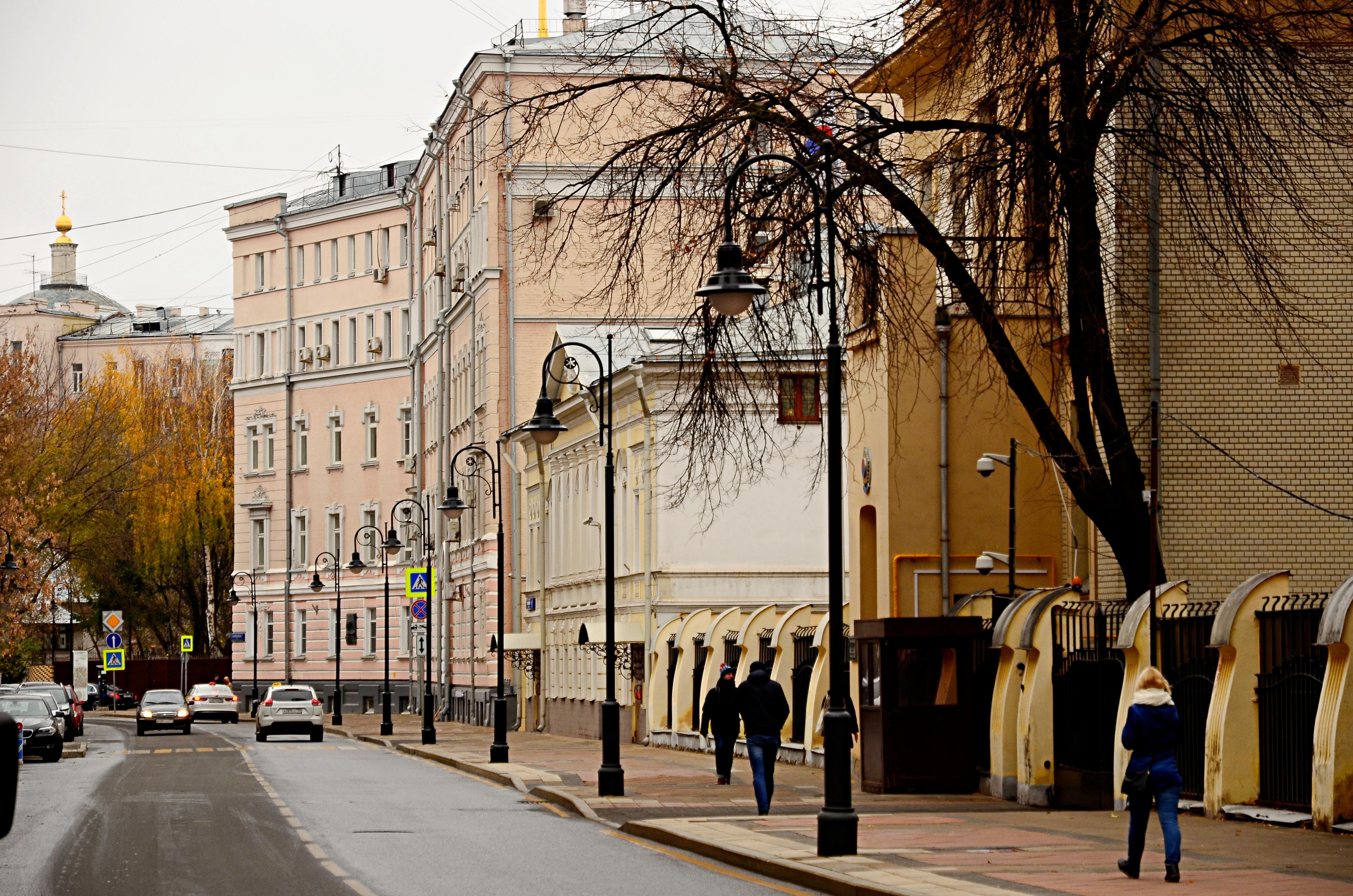«Студию маникюра Лены Лениной» в ЦАО могут закрыть на 90 дней за нарушение антиковидных мер