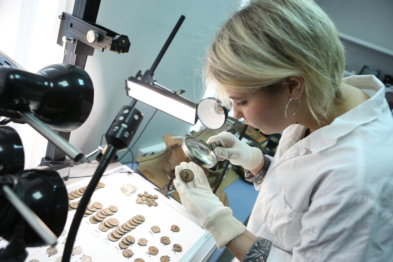 Московские археологи нашли артефакты при реставрации казарм