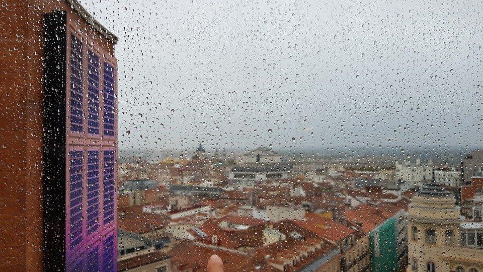 Число инфицированных коронавирусом в Испании превысило 1 миллион человек
