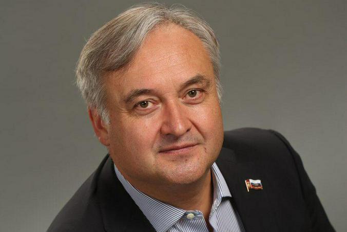 На фото член комиссии Московской городской Думы по образованию Андрей Титов