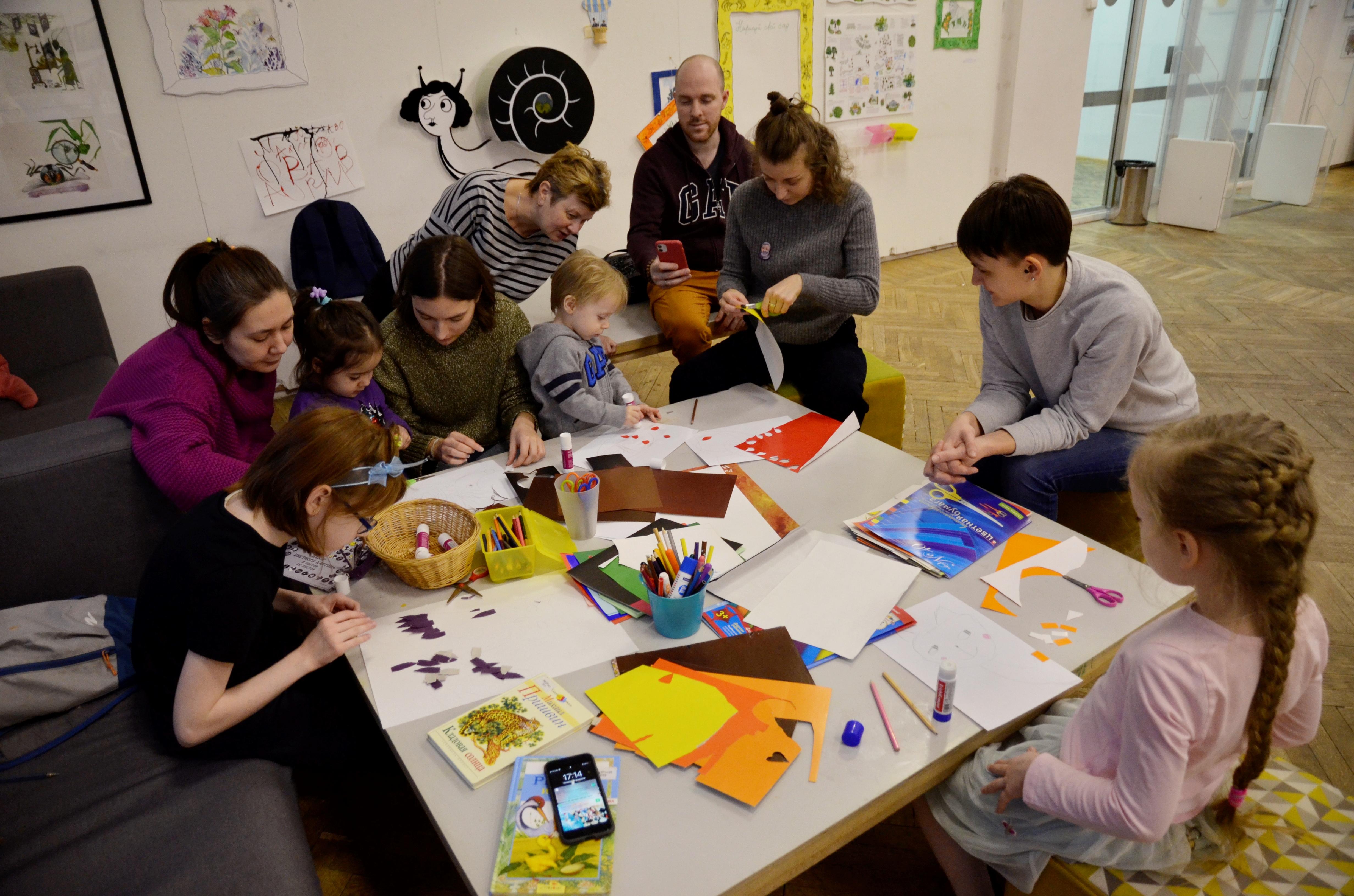 Более 200 человек приняло участие в конкурсе декоративно-прикладного искусства ДК в Рязановском