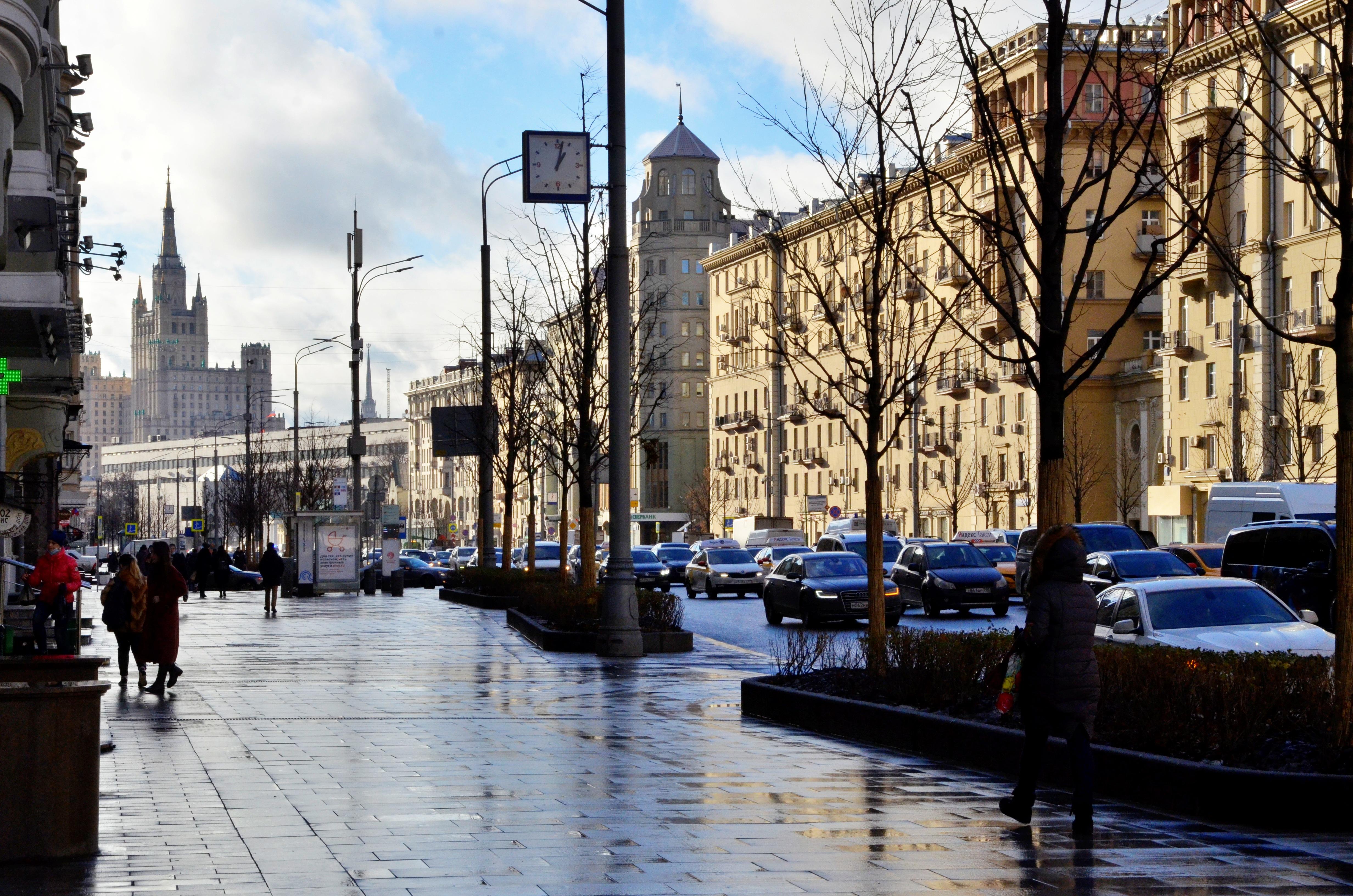 Москвичам пообещали похолодание в среду
