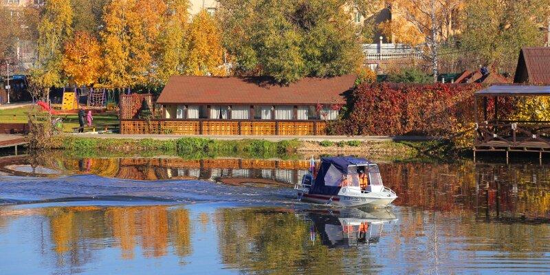 Водные спасатели предупреждают москвичей о необходимости соблюдения правил безопасности на водоёмах