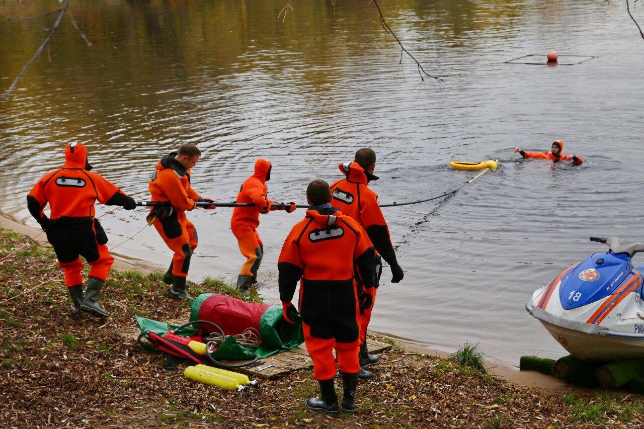 В октябре водные спасатели столицы выполнили более пяти тысяч патрулирований и спасли двух человек