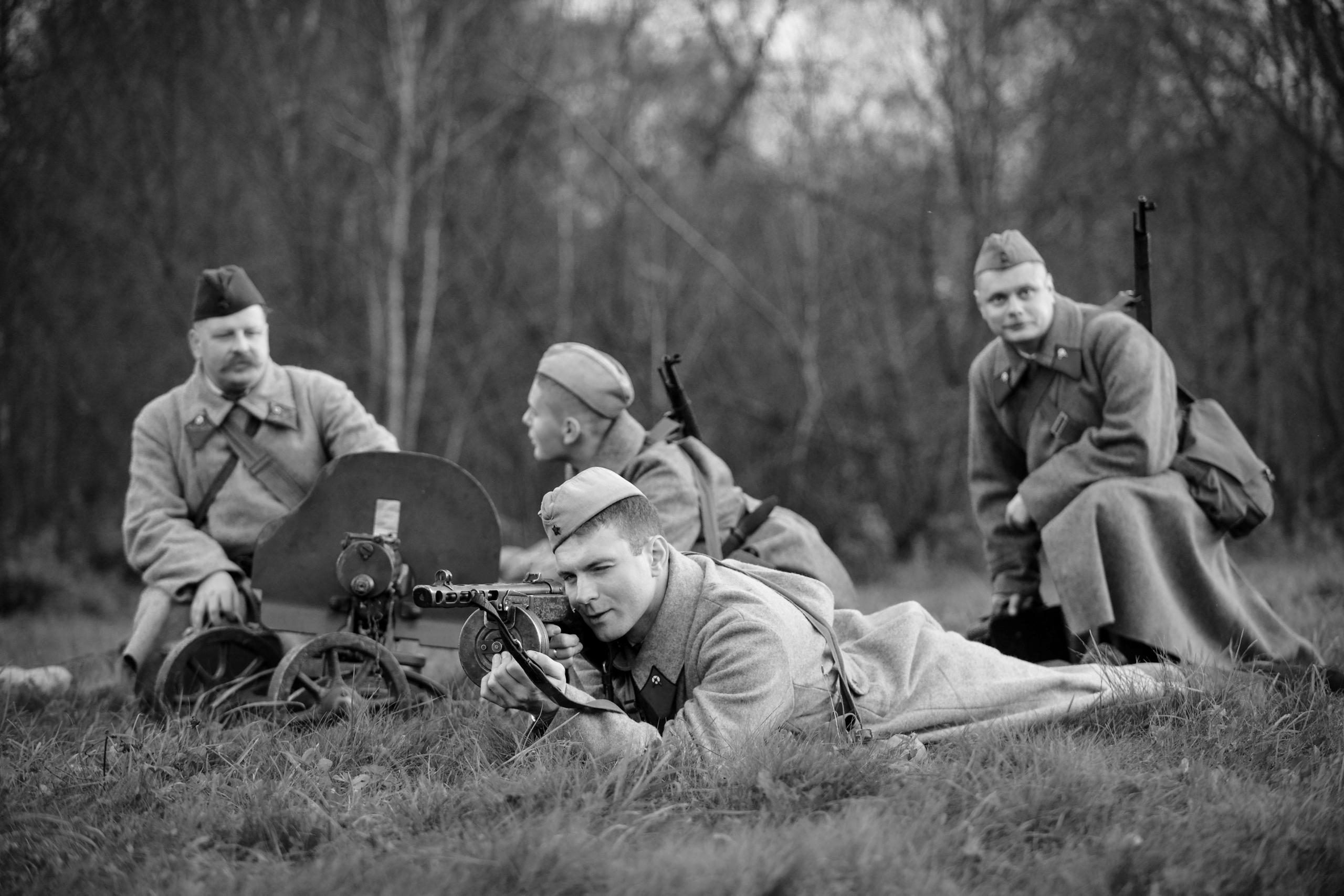 Главархив покажет уникальные военные фото на МЦД
