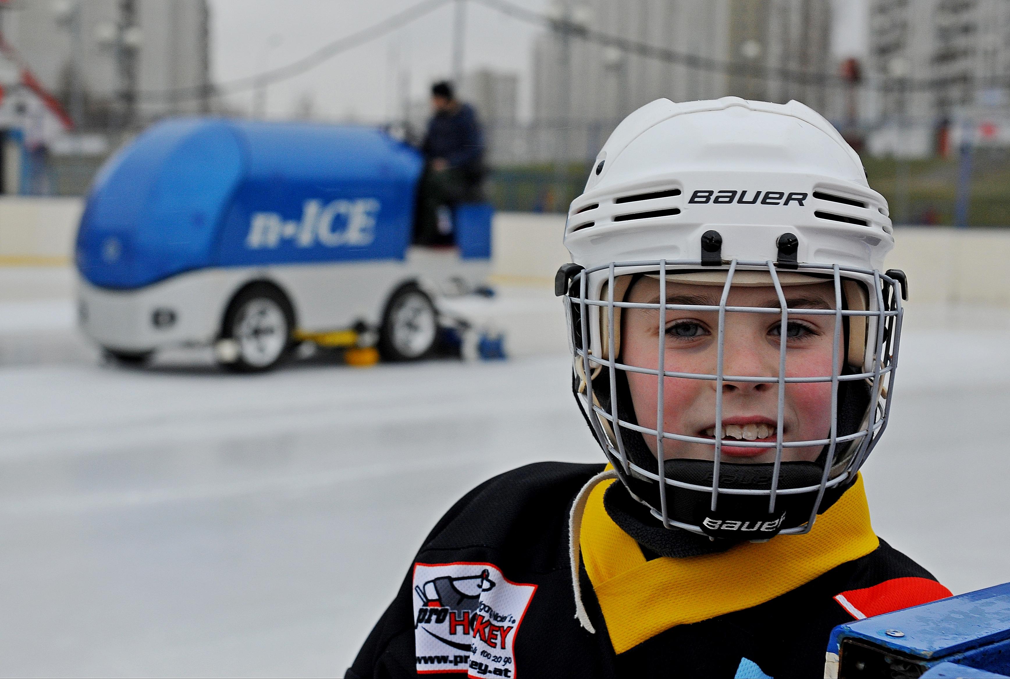 Юные хоккеисты Кленовского победили в Открытом первенстве