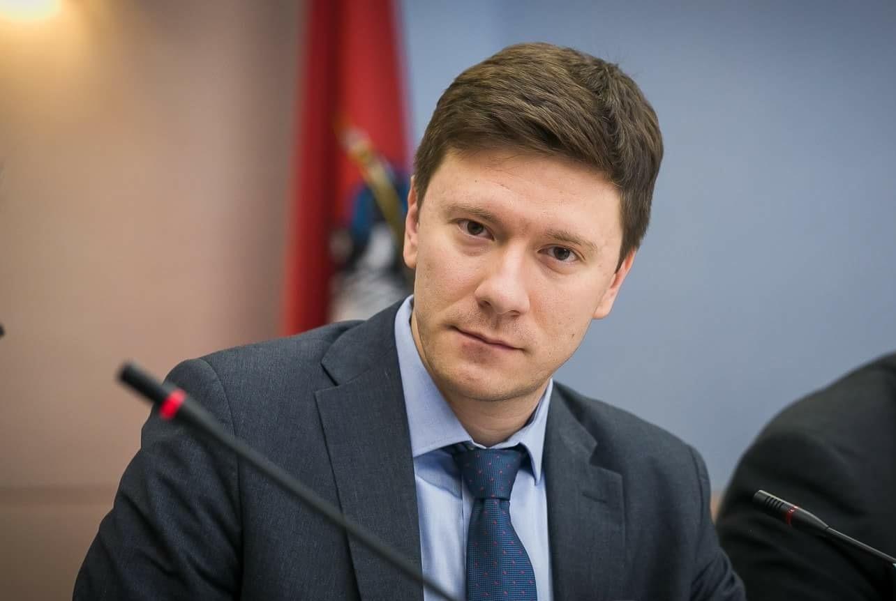 Депутат МГД Александр Козлов продолжил серию вебинаров для жителей Москвы