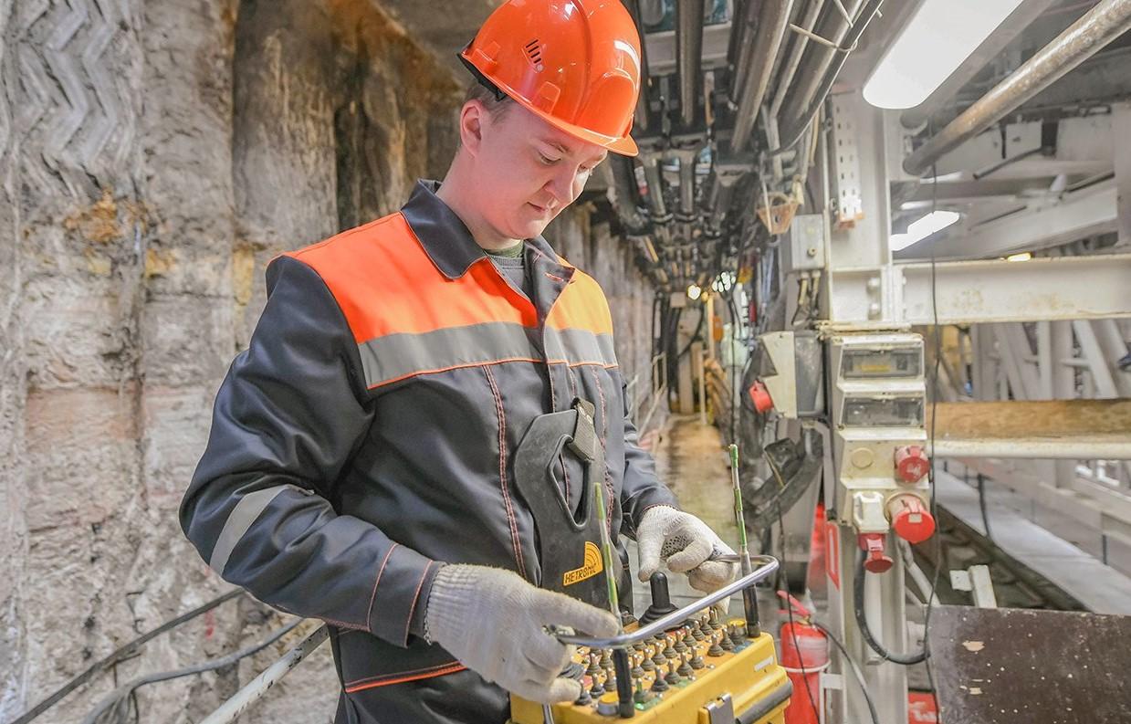 Строительство станции «Крекшино» завершат до конца года