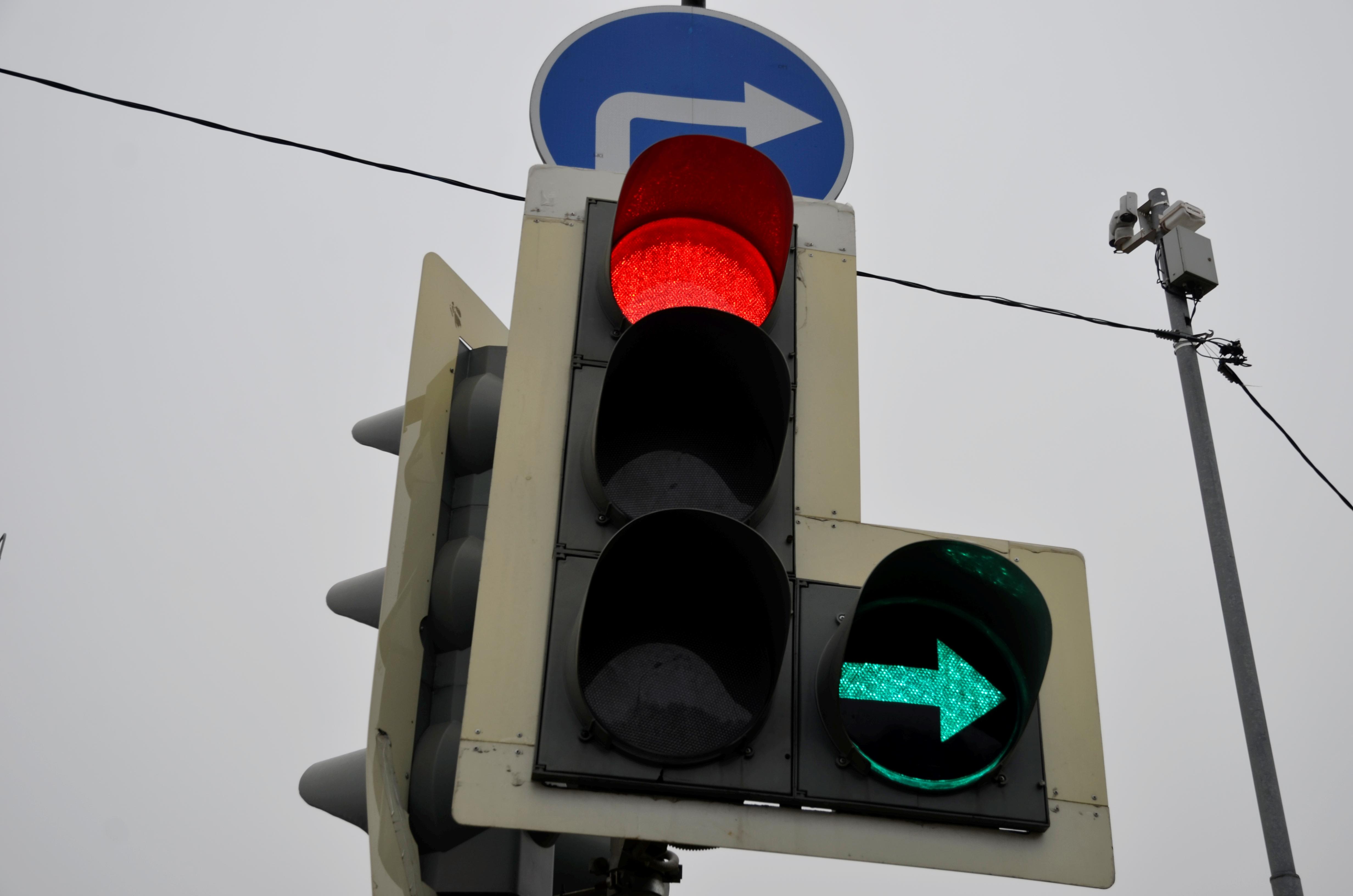 Онлайн-лекцию о правилах дорожного движения провели для детей в Рязановском