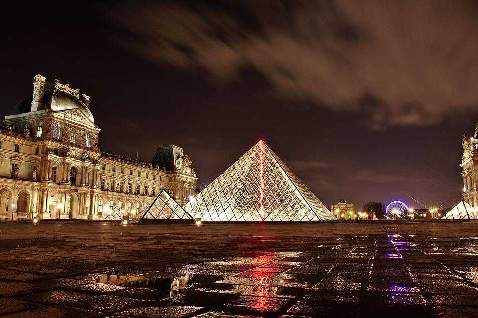 Франция не планирует в ближайшее время снимать действующие в стране ограничения из-за COVID-19. Фото: pixabay.com