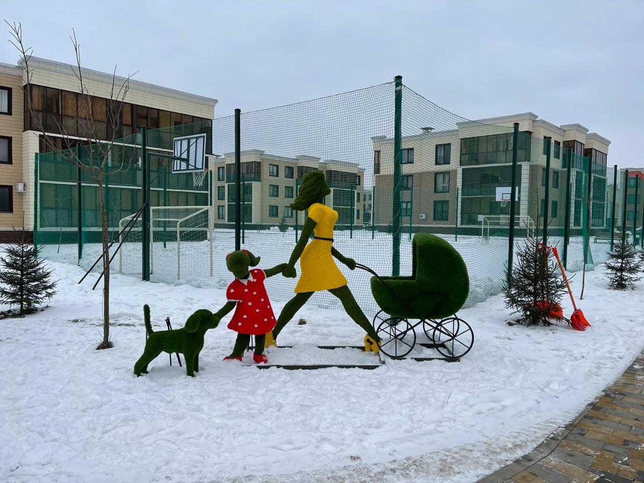 Новые топиарии установили в поселении Десеновское