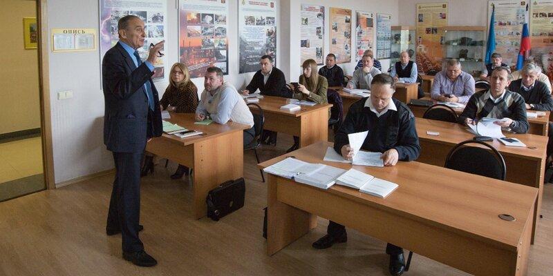 Константин Хижняков признан лучшим преподавателем   Учебно-методического центра столицы