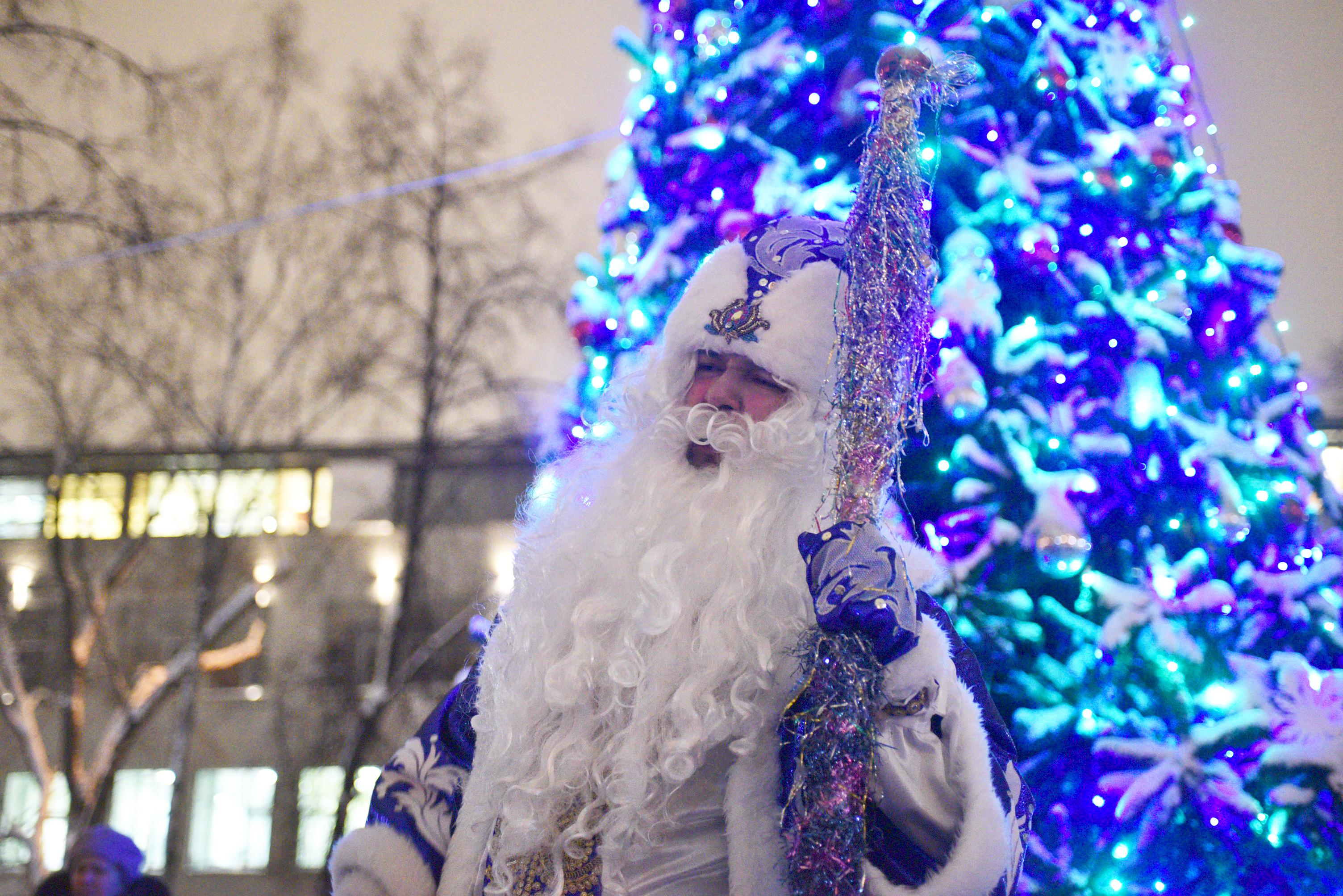 Операцию по спасению Деда Мороза провели ученики школы в Московском