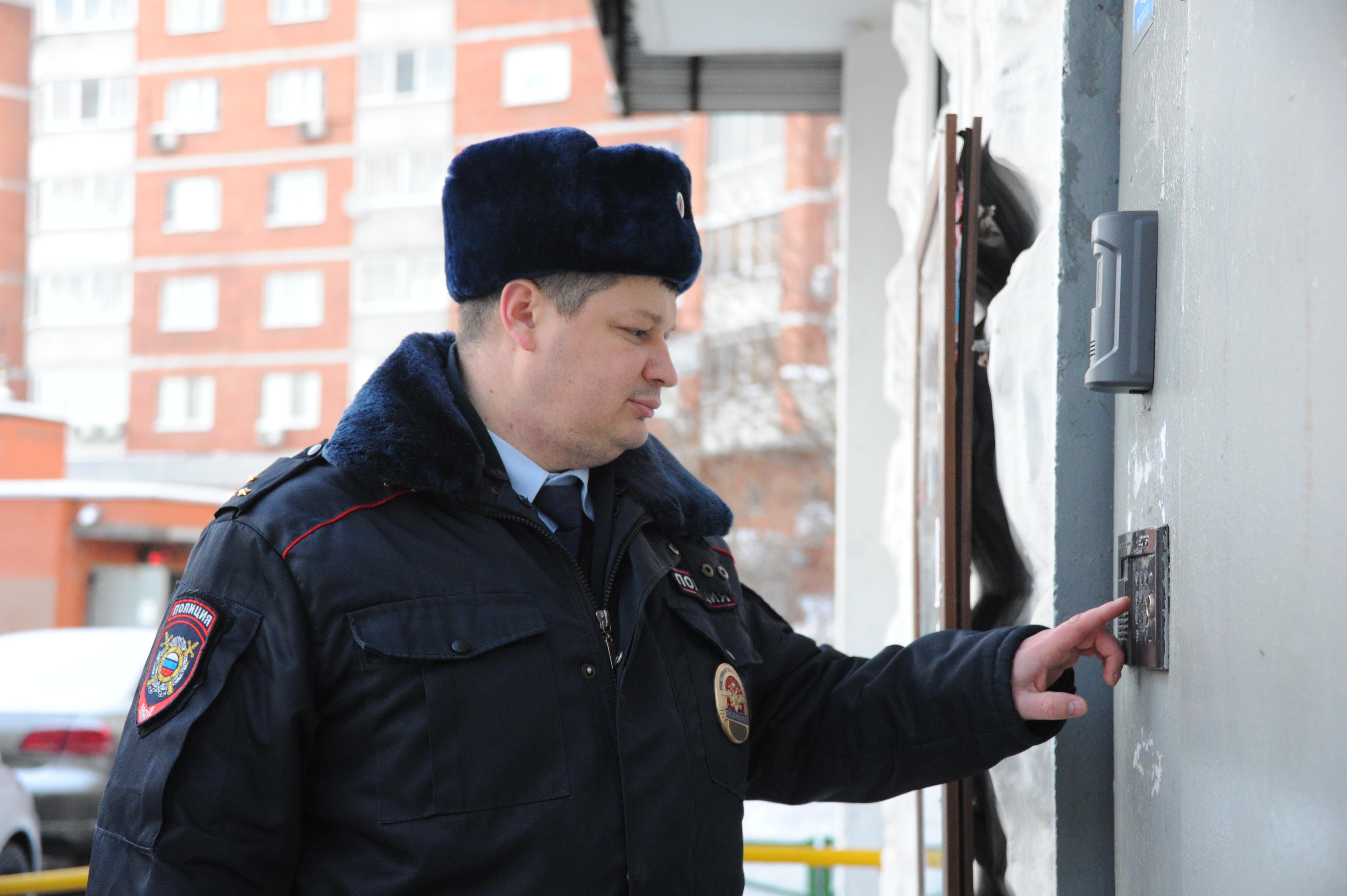 На территории Новой Москвы полицейские задержали подозреваемого в грабеже у пенсионерки