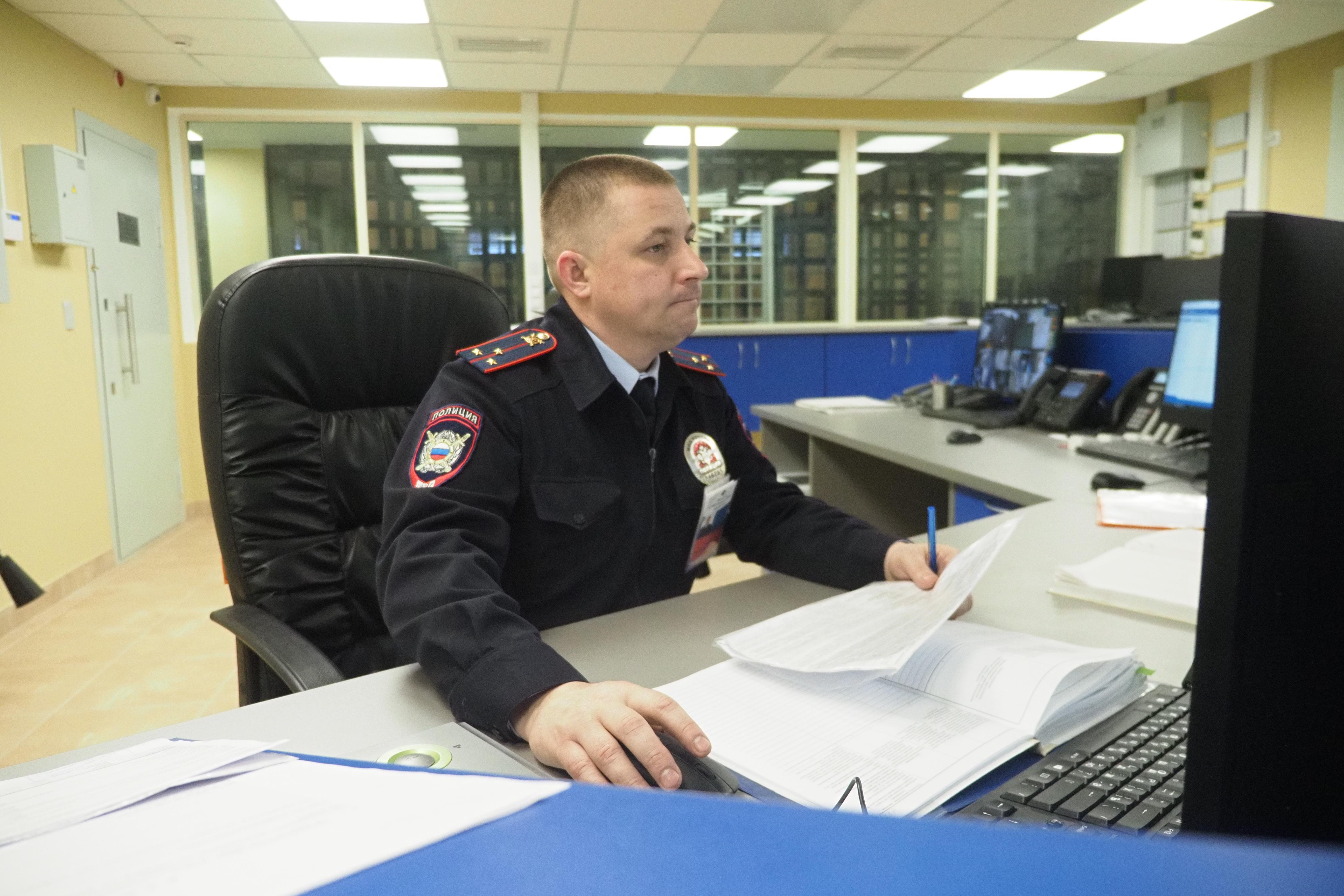 Оперативник Новой Москвы задержал подозреваемого в мошенничестве