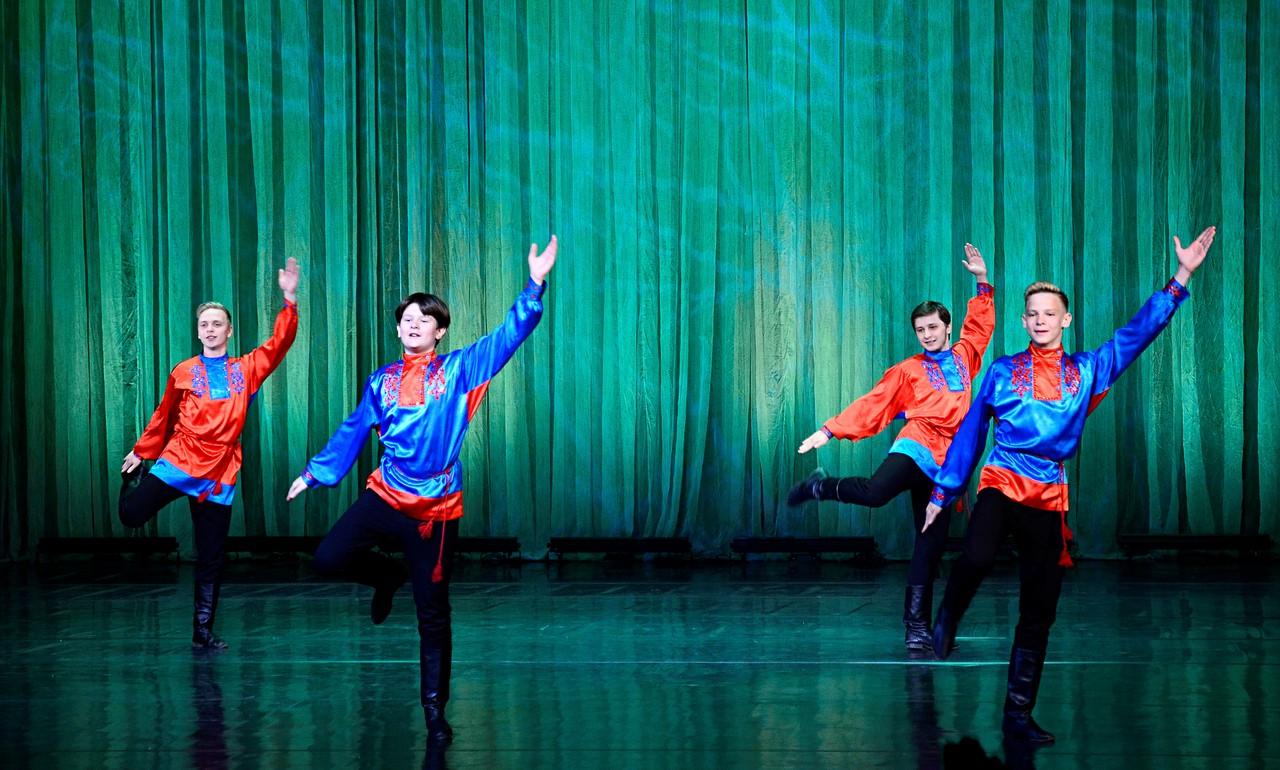 Жителей Сосенского пригласили на лекцию о народных танцах