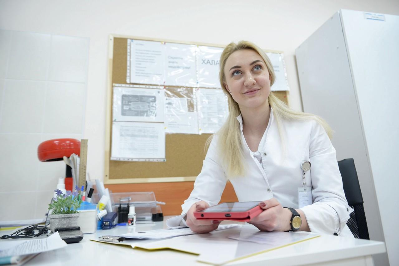 Жители Москвы воспользовались электронной медкартой более 24 миллионов раз