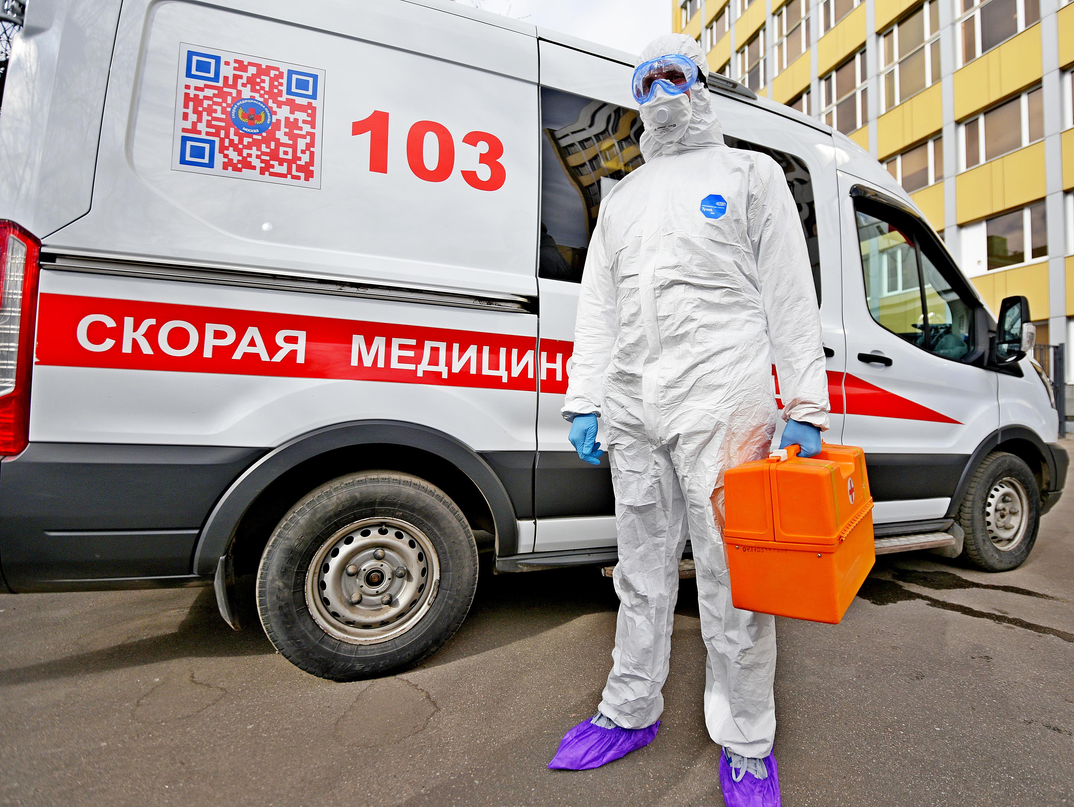 Москвичи сдали еще 4,3 тысячи положительных тестов на коронавирус
