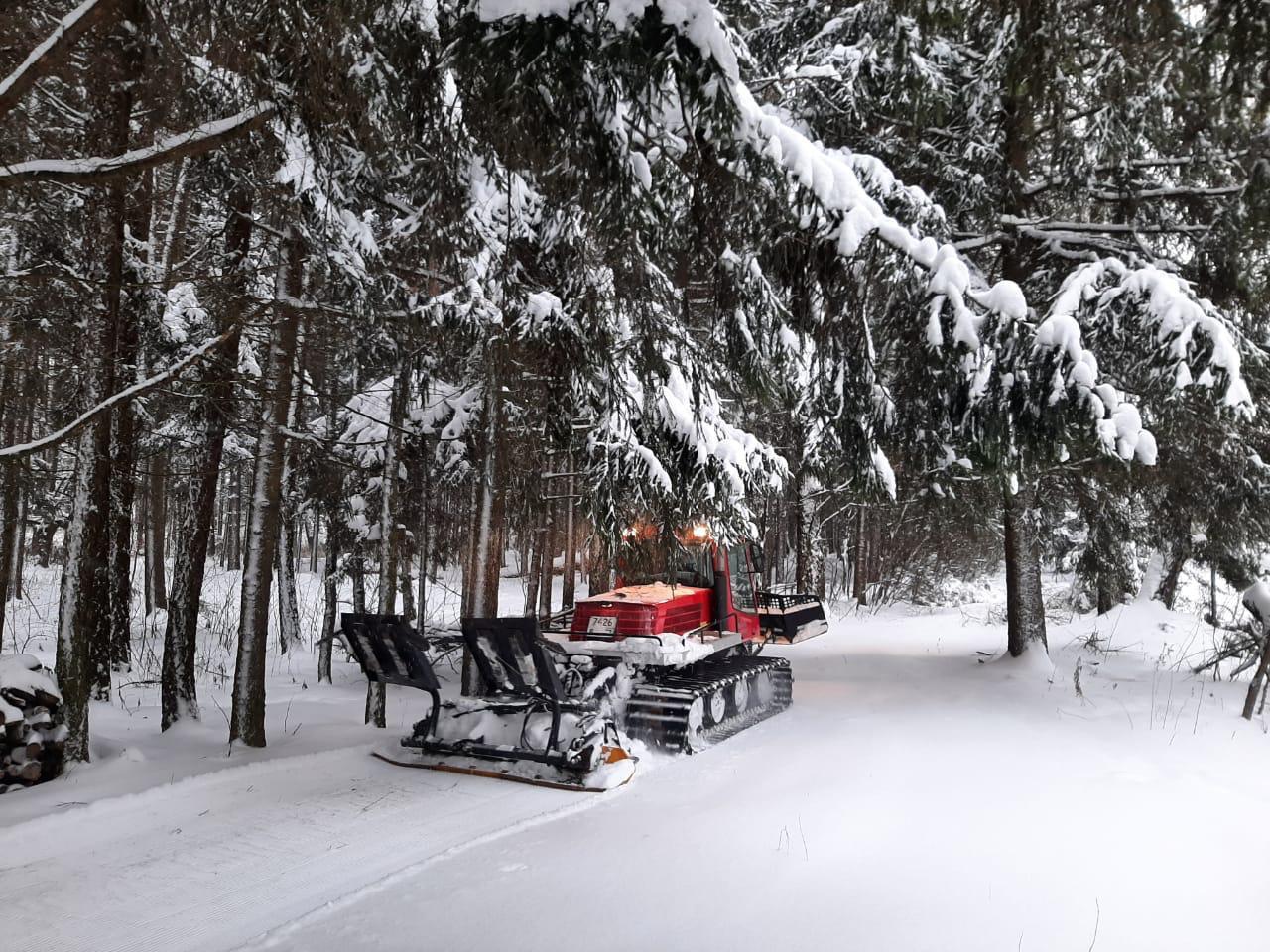 Специалисты укатали лыжню рэд-траком в Десеновском