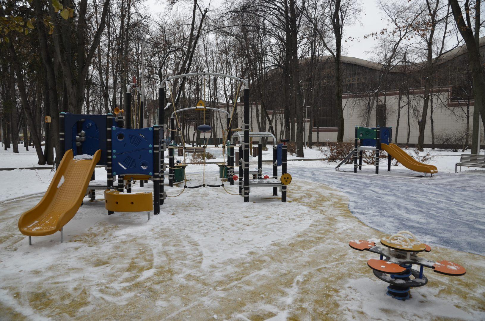 Жители Краснопахорского выбрали формат благоустройства детской площадки в поселении. Фото: Анна Быкова