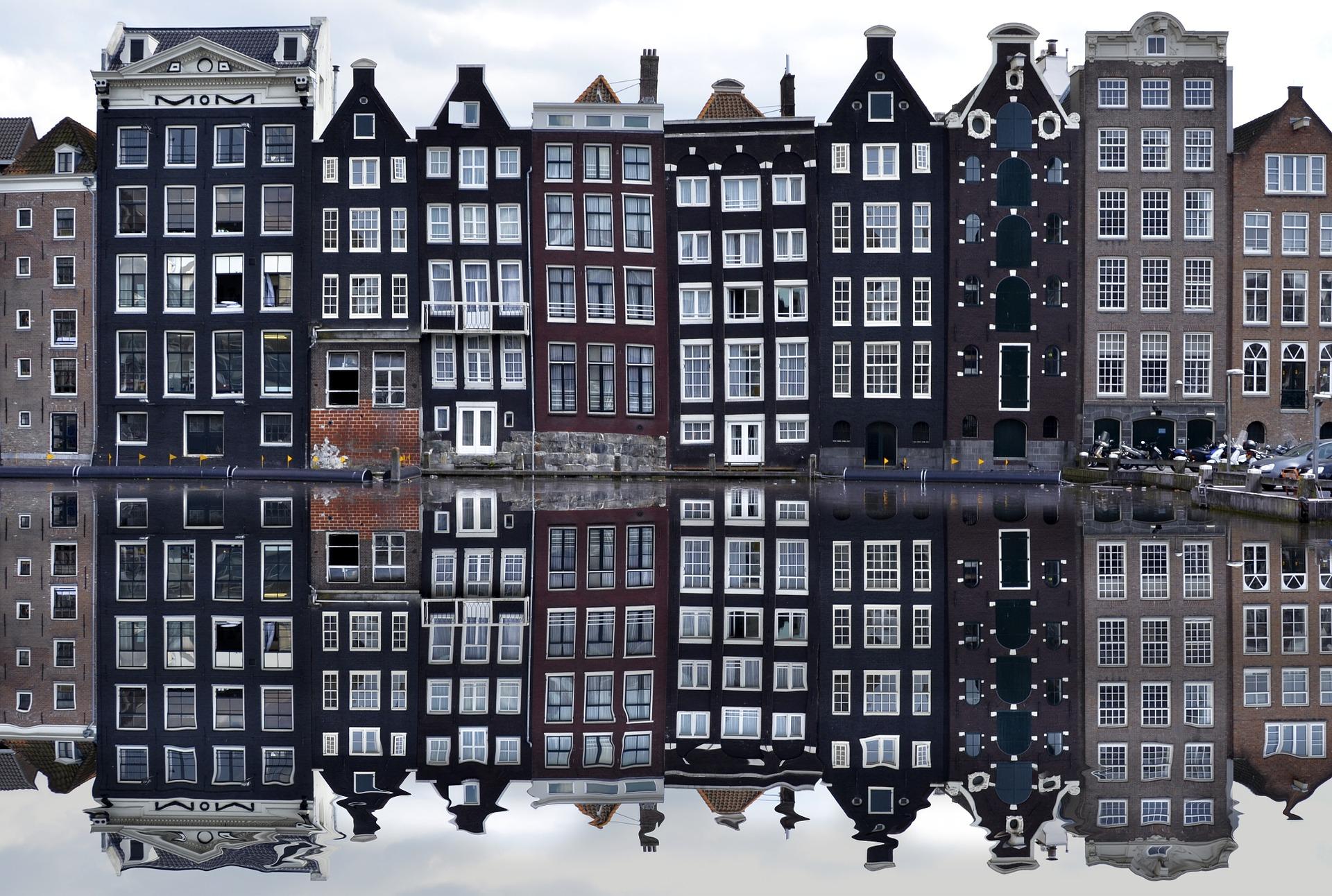 Правительство Нидерландов считает необходимым ввести комендантский час из-за COVID-19. Фото: pixabay.com