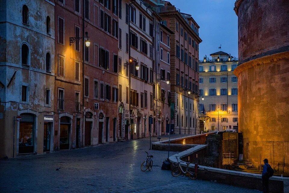 В Италии из-за распространения COVID-19 решили продлить до конца апреля режим ЧС