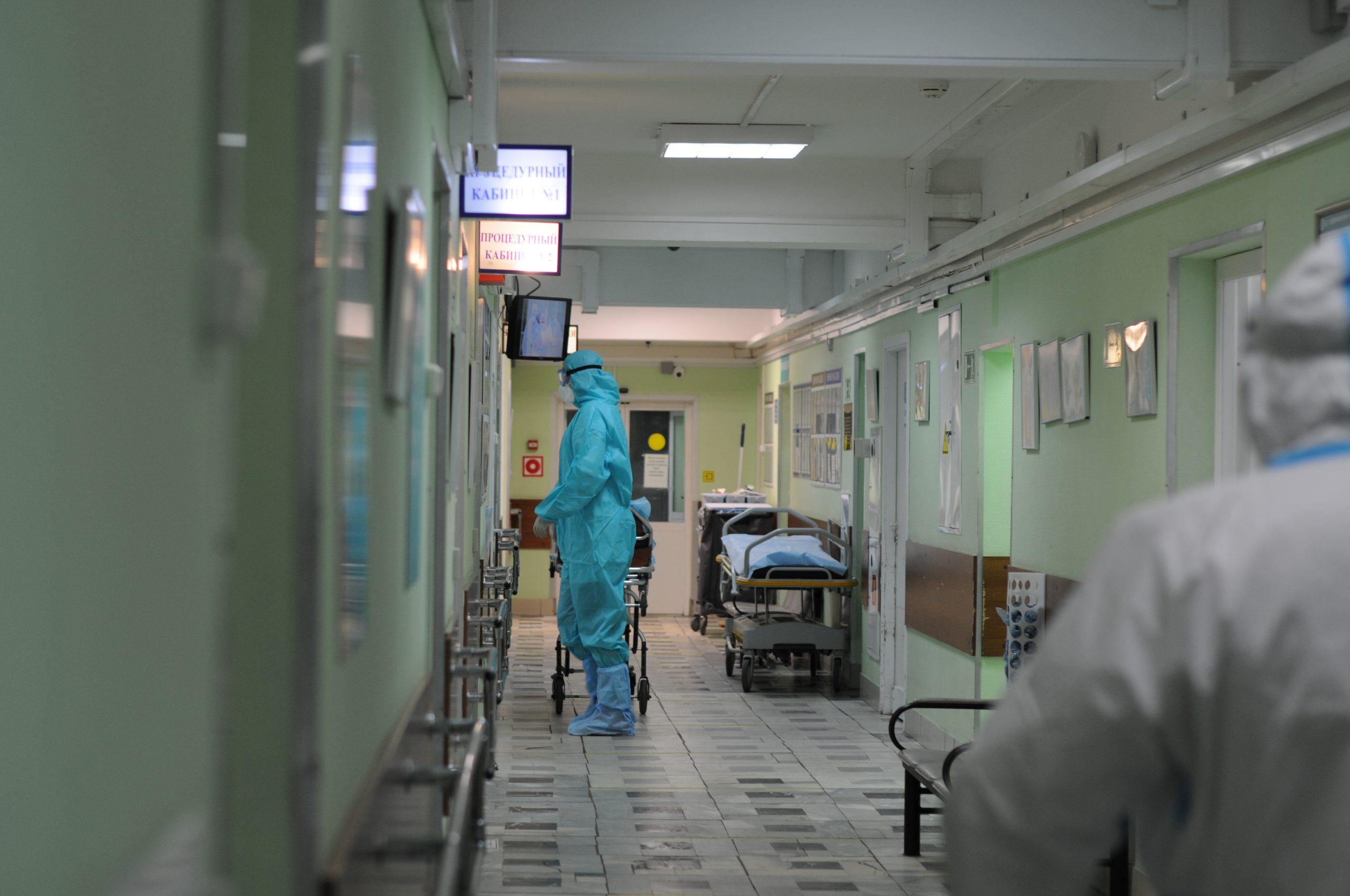 Специалисты выявили 8885 новых случаев коронавируса за прошедшие сутки. Фото: Светлана Колоскова