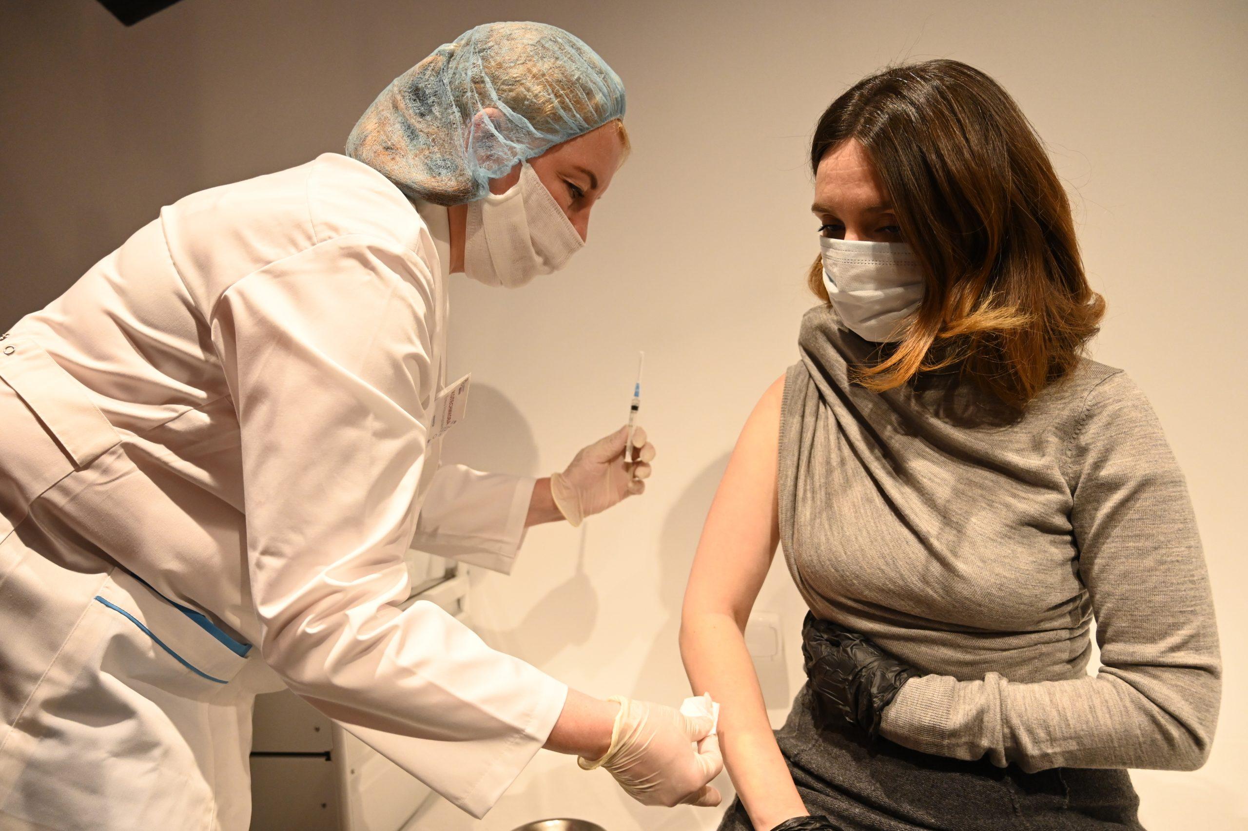 Московские врачи поставили более 1,7 тысячи диагнозов COVID-19 за сутки