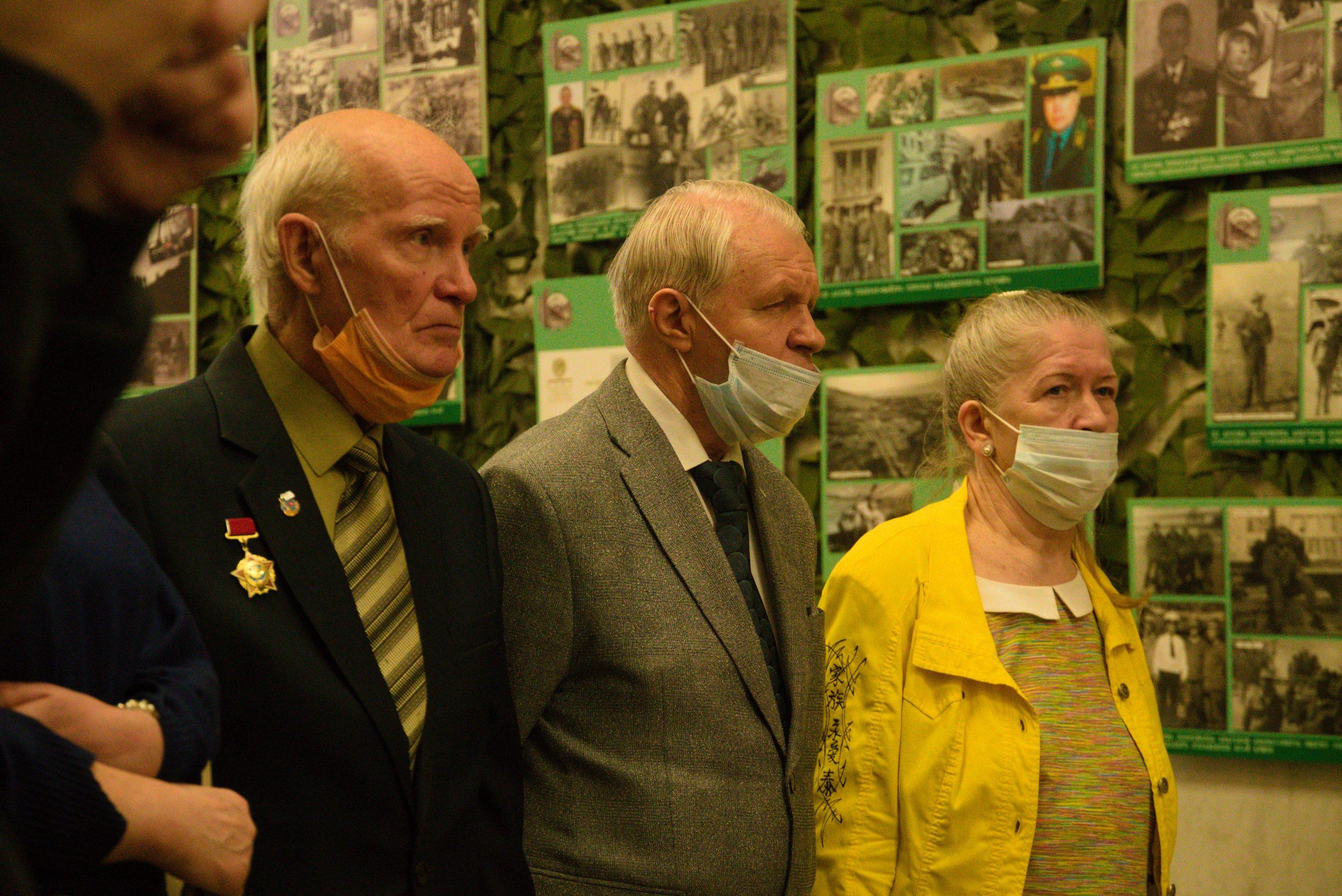 Выставка личных фото участников боевых действий в Афганистане открылась в Музее Победы