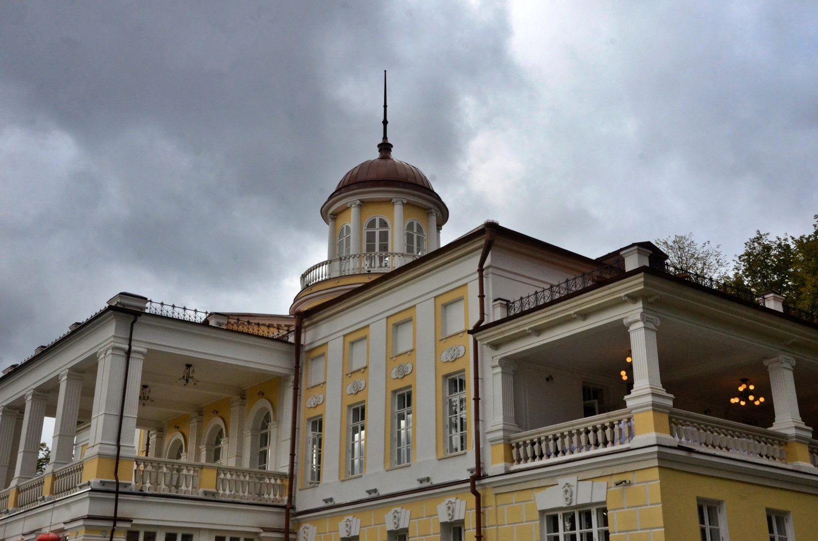 Реставрацию усадьбы Бергов начали в Первомайском. Фото: Анна Быкова
