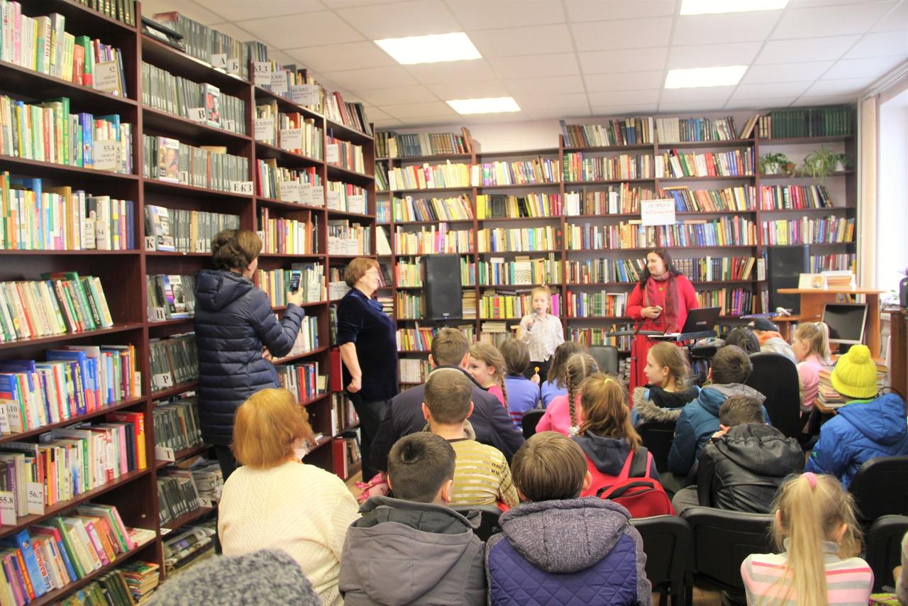 Литературно-музыкальную программу подготовили в библиотеке №2 в Троицке