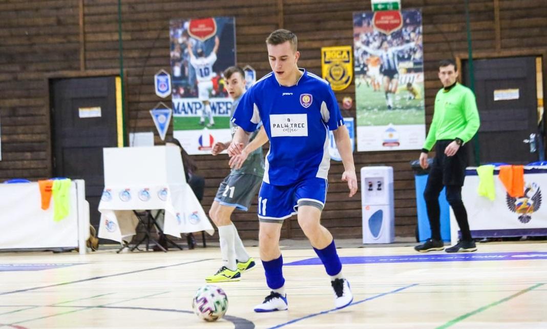 Спортсмены из поселения Внуковское одержали победу в матче Премьер-лиги  Чемпионата Москвы по мини-футболу