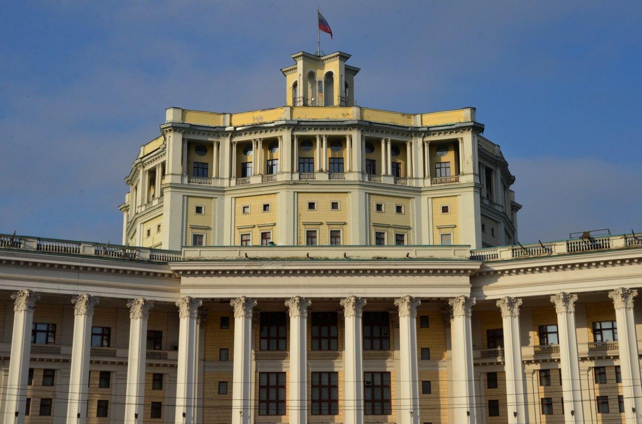 Ограничения по заполняемости залов в театрах Москвы не изменят