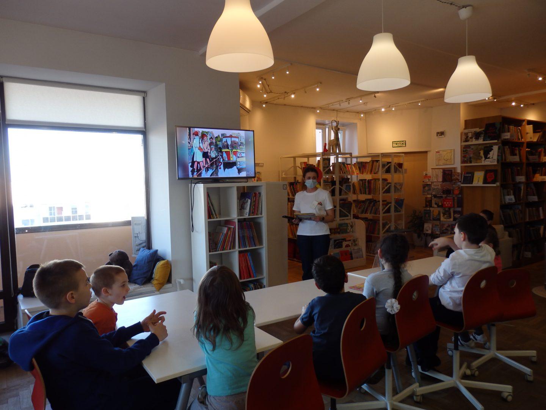Мероприятие «Школа пешехода» организовали сотрудники библиотеки №262 поселения Филимонковское. Фото: предоставили сотрудники библиотеки