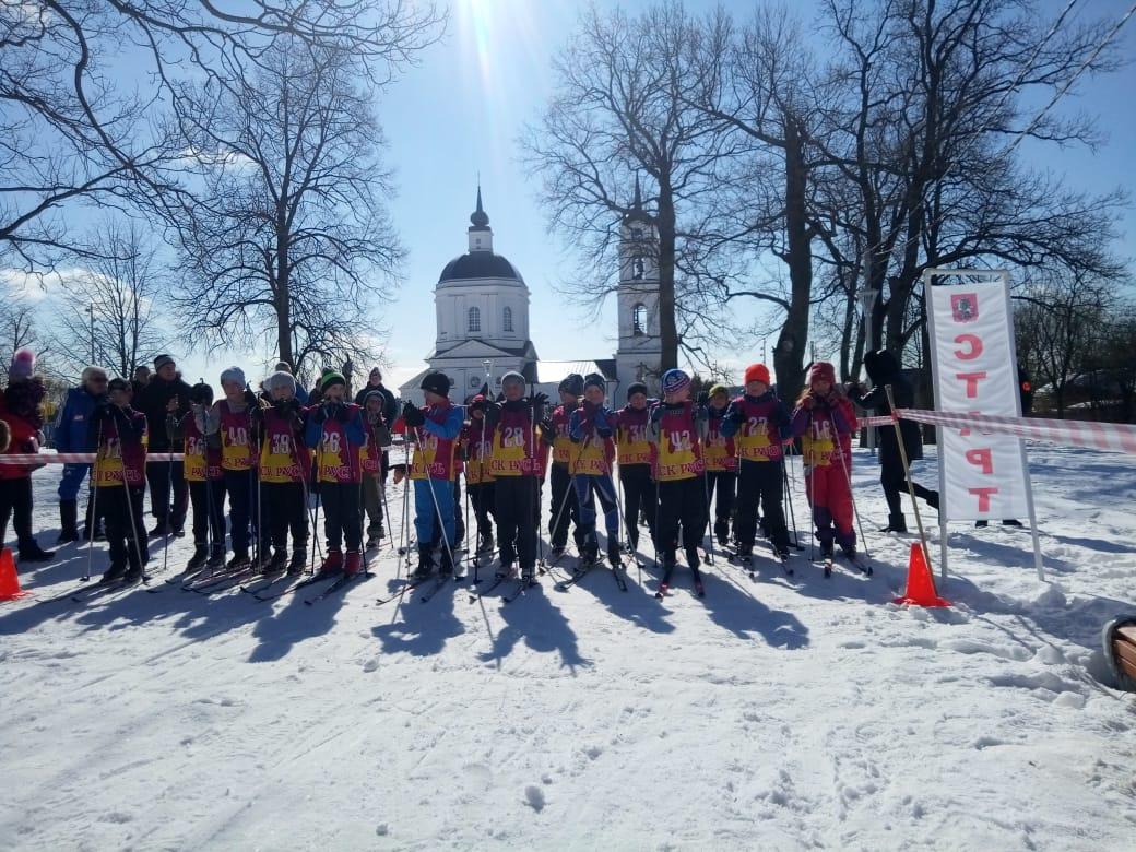 Спортсмены поселения Кленовское присоединились к соревнованиям «Горячая лыжня»